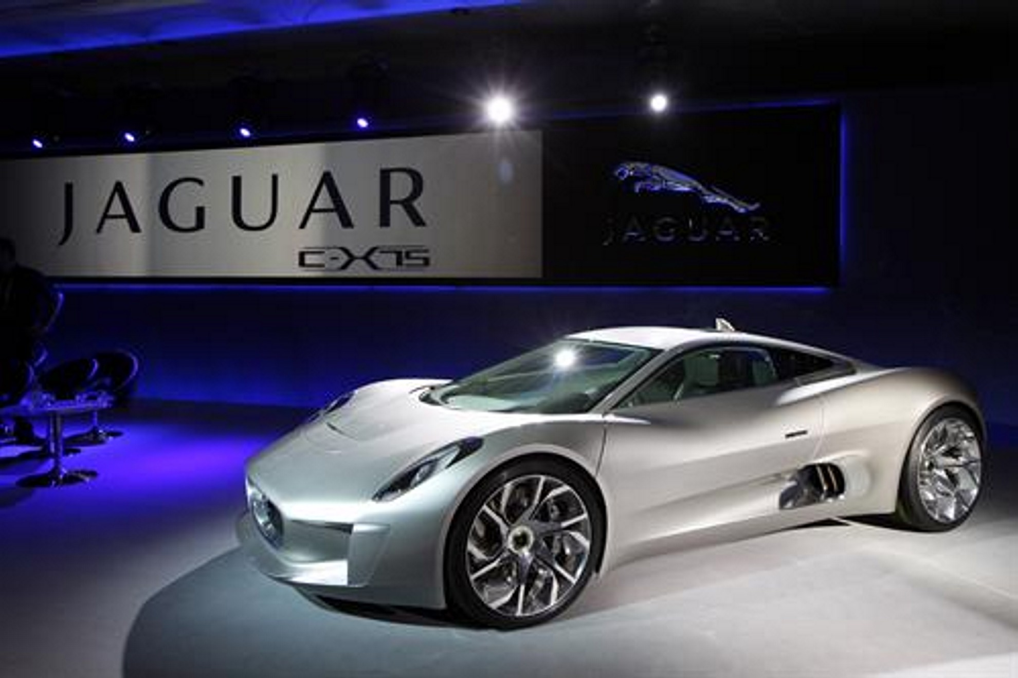 Jaguar Unveiled The C X75 Concept, Which Has Been Provided By Jaguar Cars,  In 2010 And Has Marked The Beginning Of A New Chapter In Innovation And ...