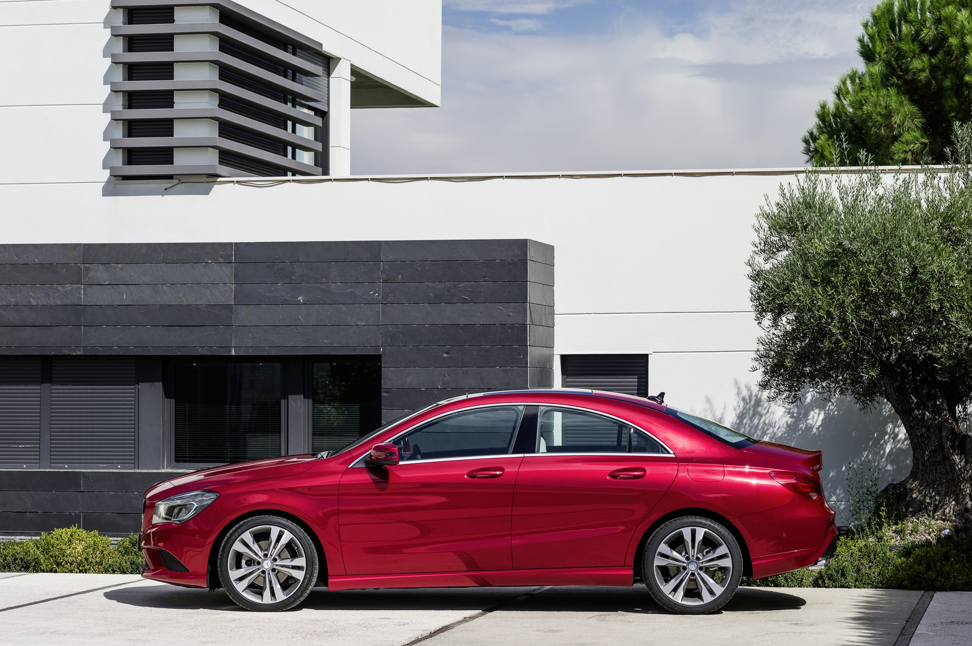 mercedes benz cla model range