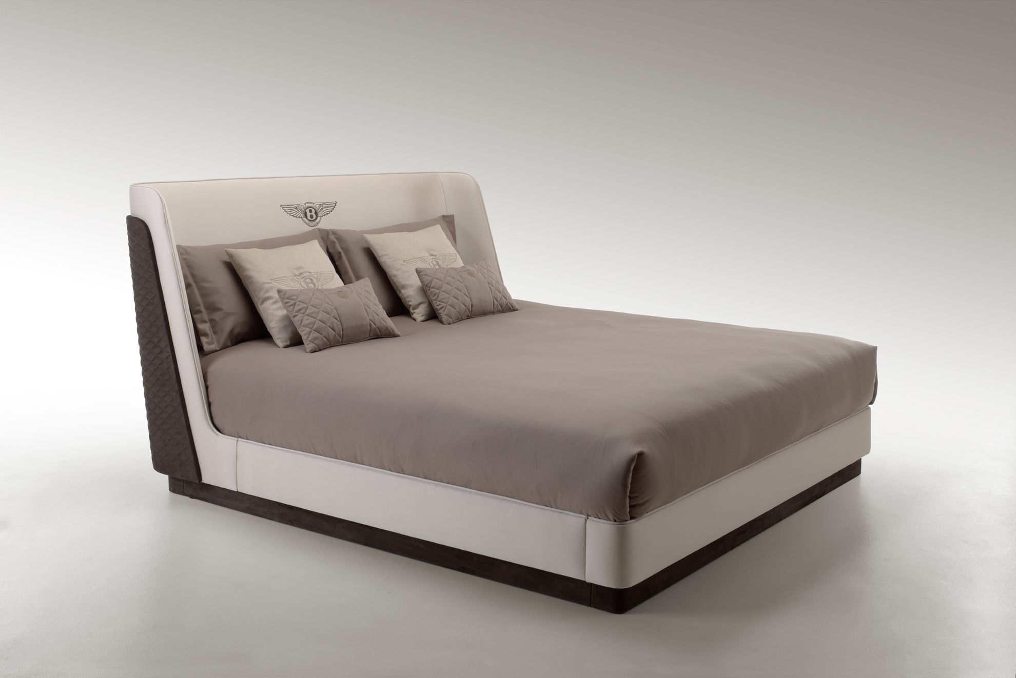 Bentley_Richmond_Bed