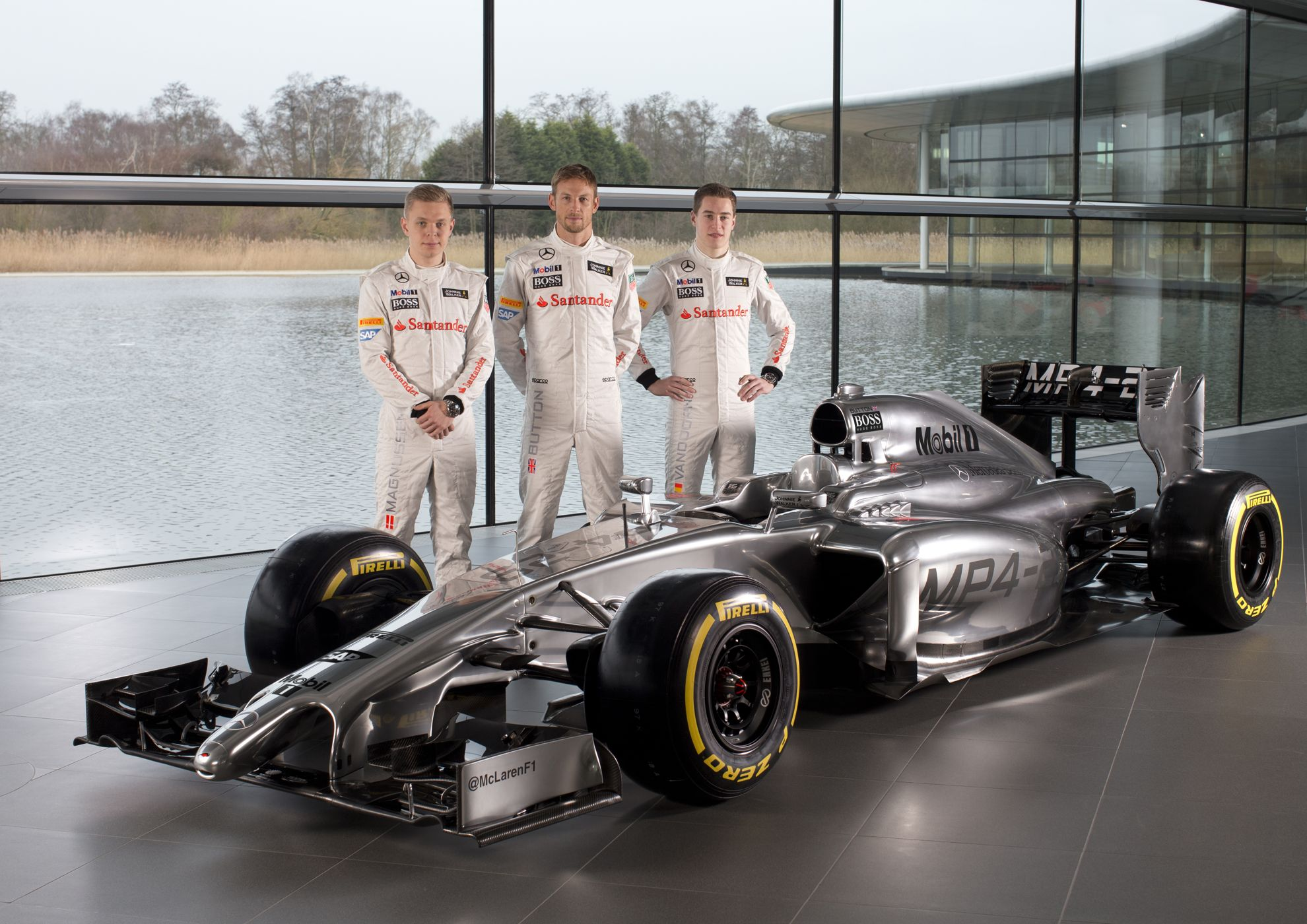 mclaren formula one reveals new racing car the mp429
