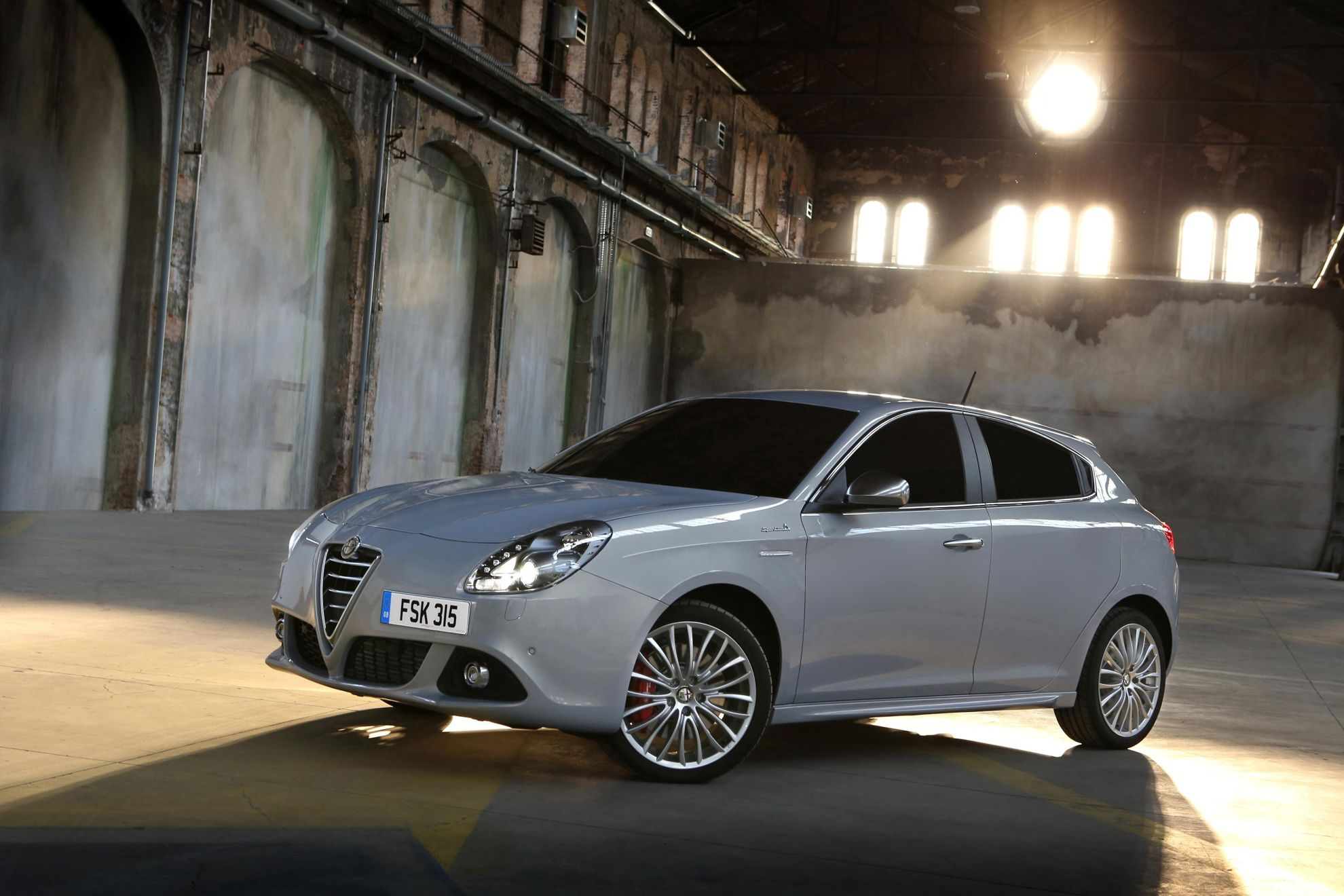 2014 alfa romeo giulietta car sale in the uk. Black Bedroom Furniture Sets. Home Design Ideas