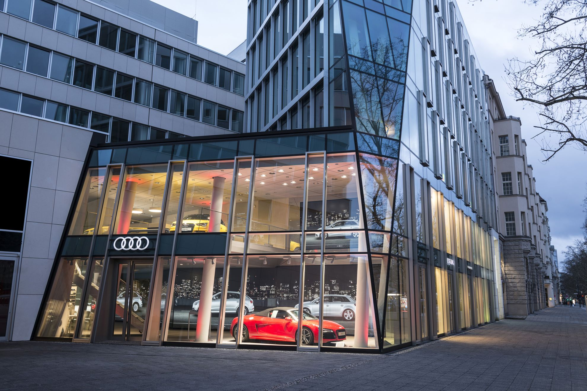 audi germany virtual car showroom. Black Bedroom Furniture Sets. Home Design Ideas