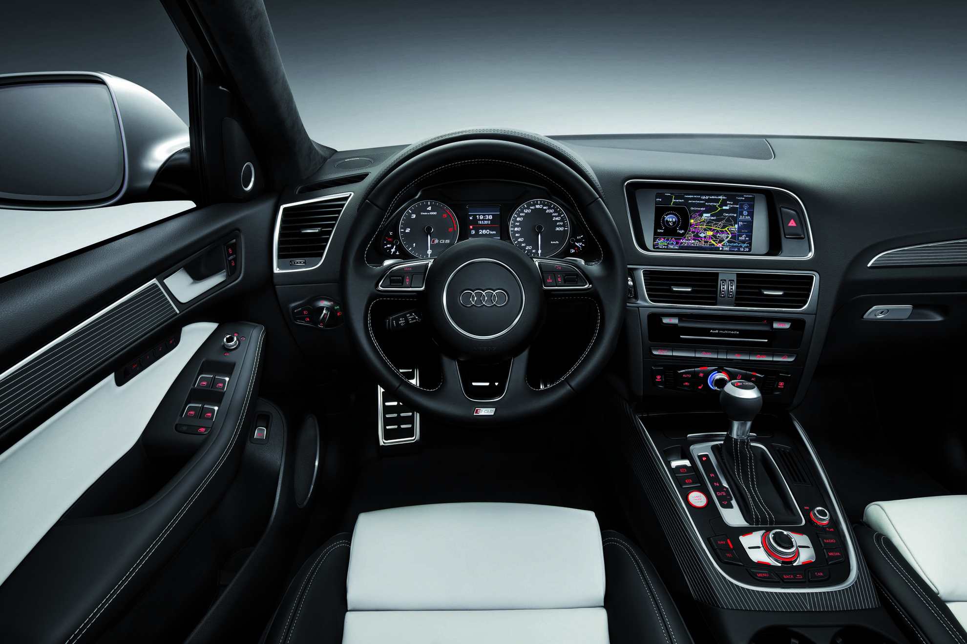 Audi S Q5 Interior - 3D Car Shows