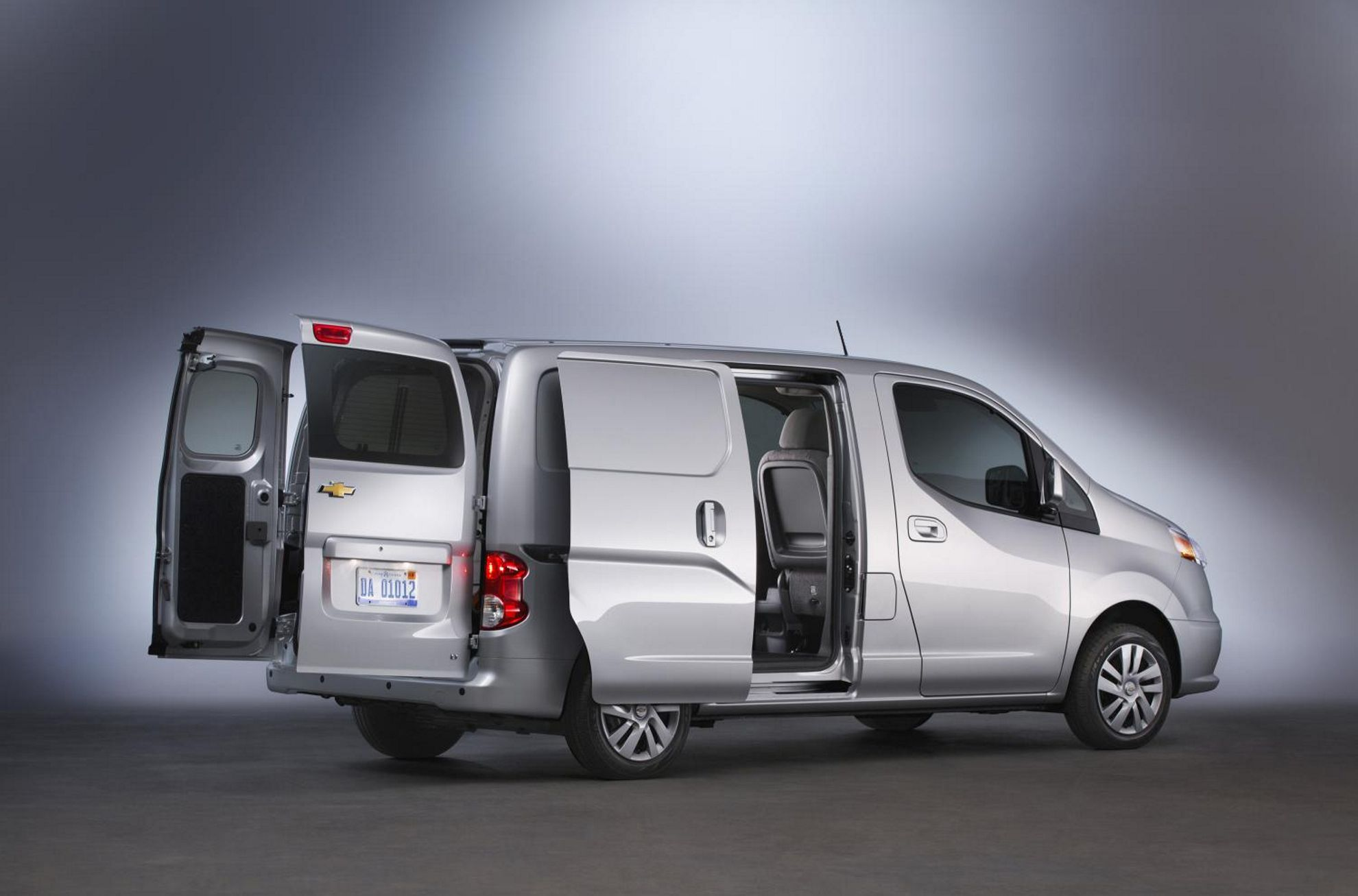 chevrolet city express at the chicago auto show 2014. Black Bedroom Furniture Sets. Home Design Ideas