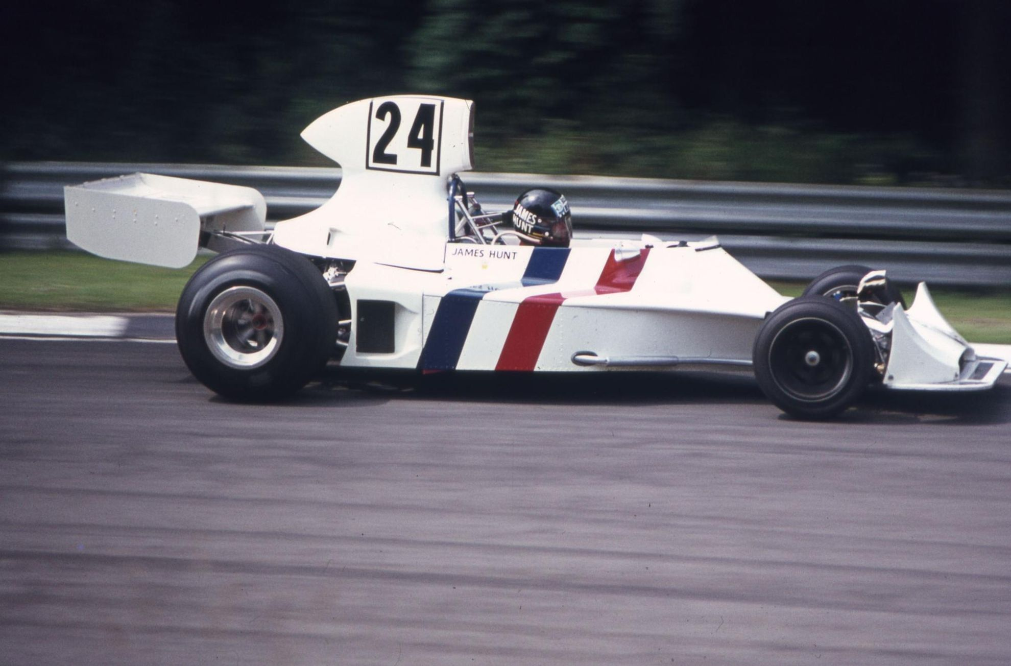 James_Hunt_1974_Hesketh_308_F1_car