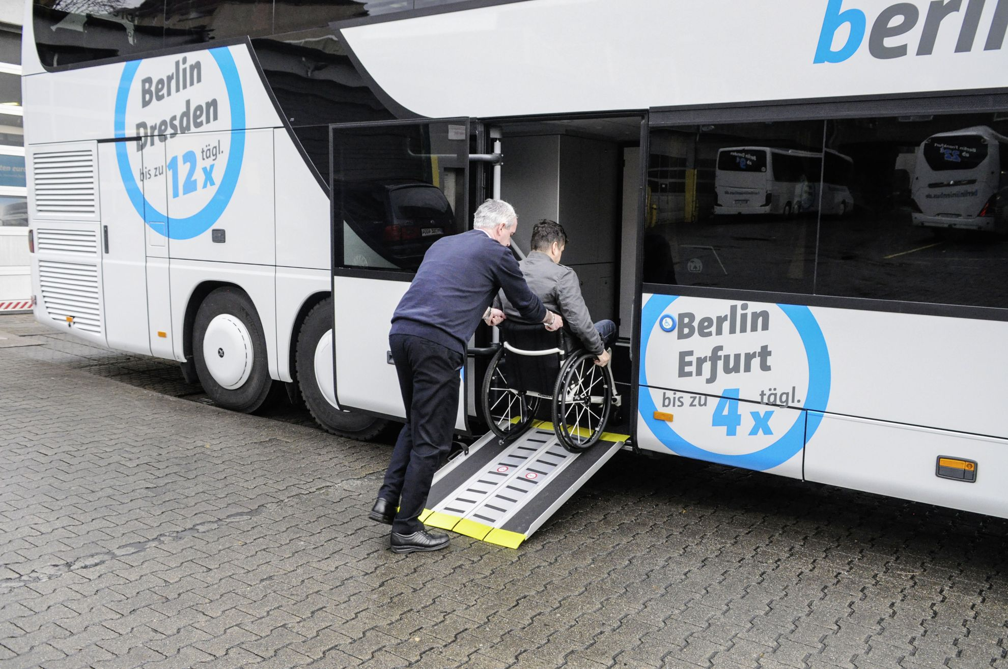 """Image result for handicapped coach berlin"""""""