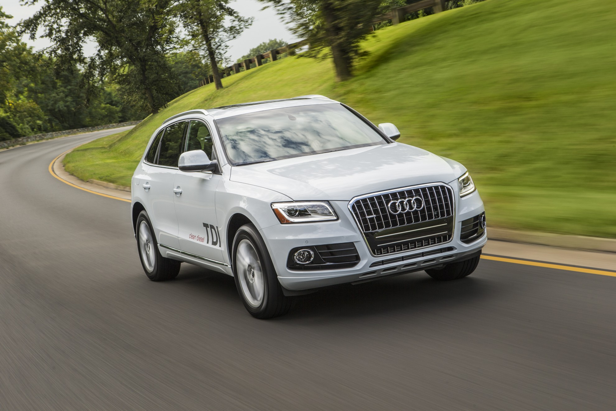 AUDI Q5 NAMED BEST LUXURY COMPACT SUV FOR FAMILIES BY U.S. NEWS & WORLD REPORT