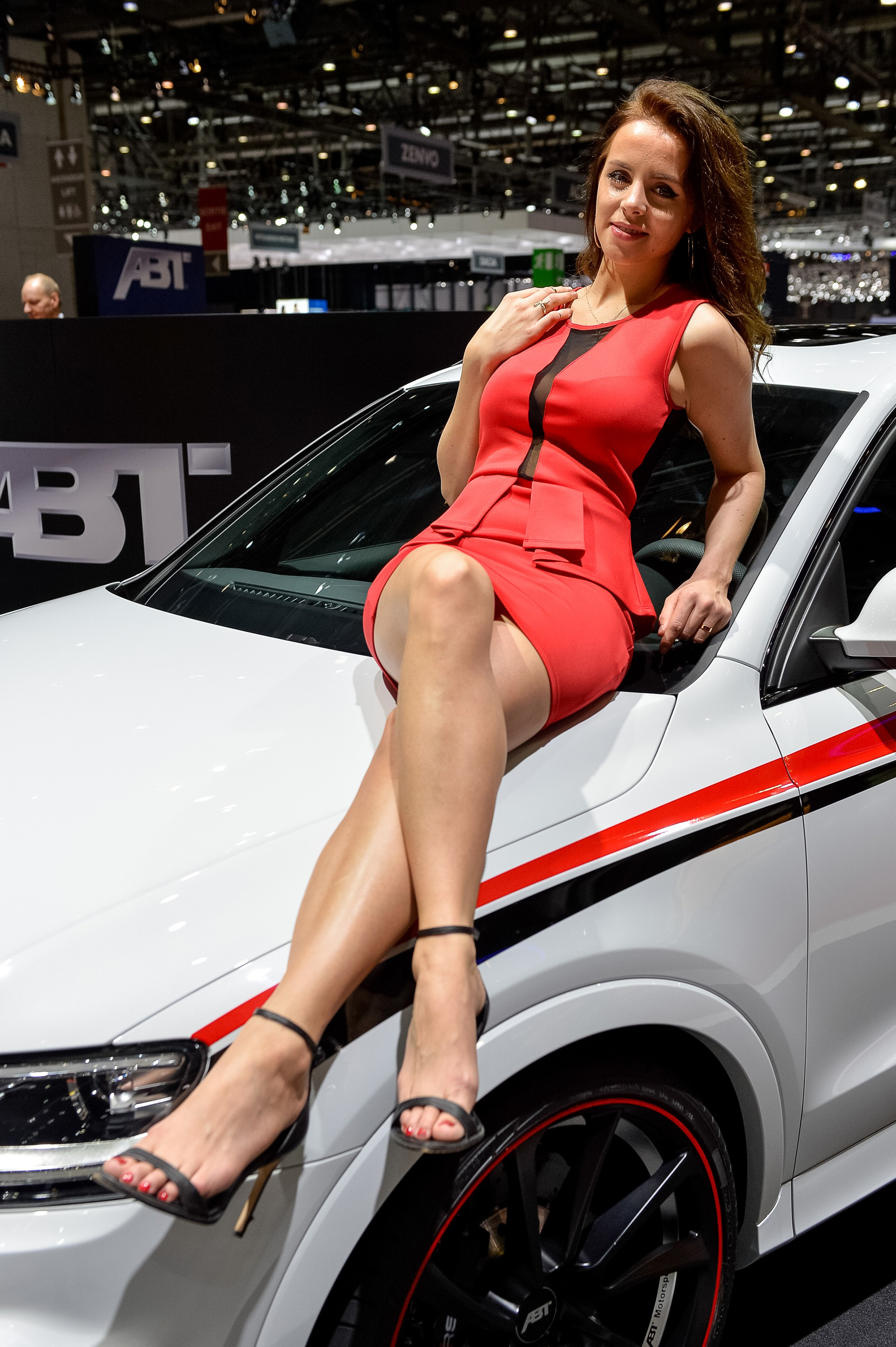 Car shows with nude women
