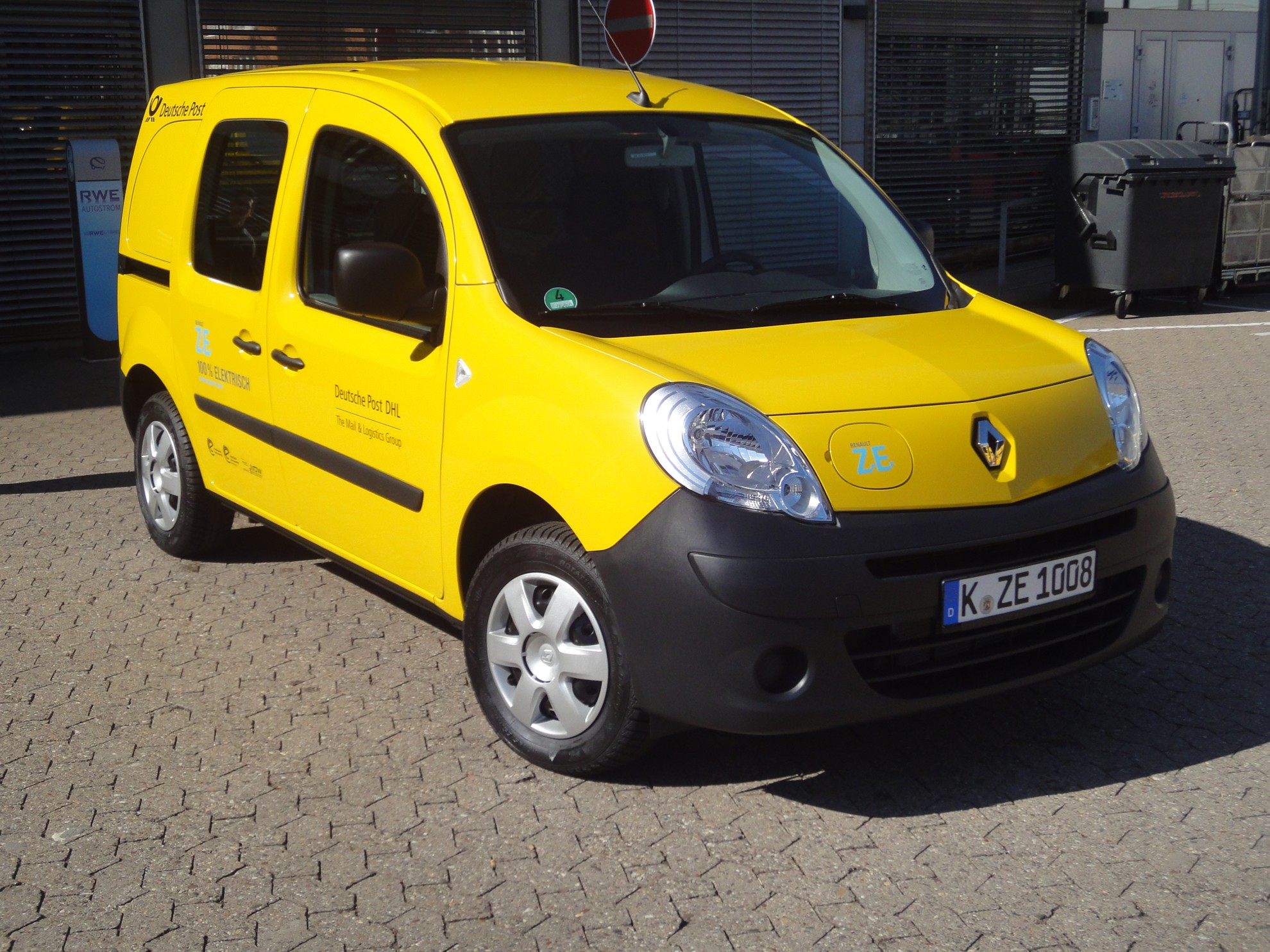 Deutsche Post Dhl Fleet Of Alternative Vehicles Continues