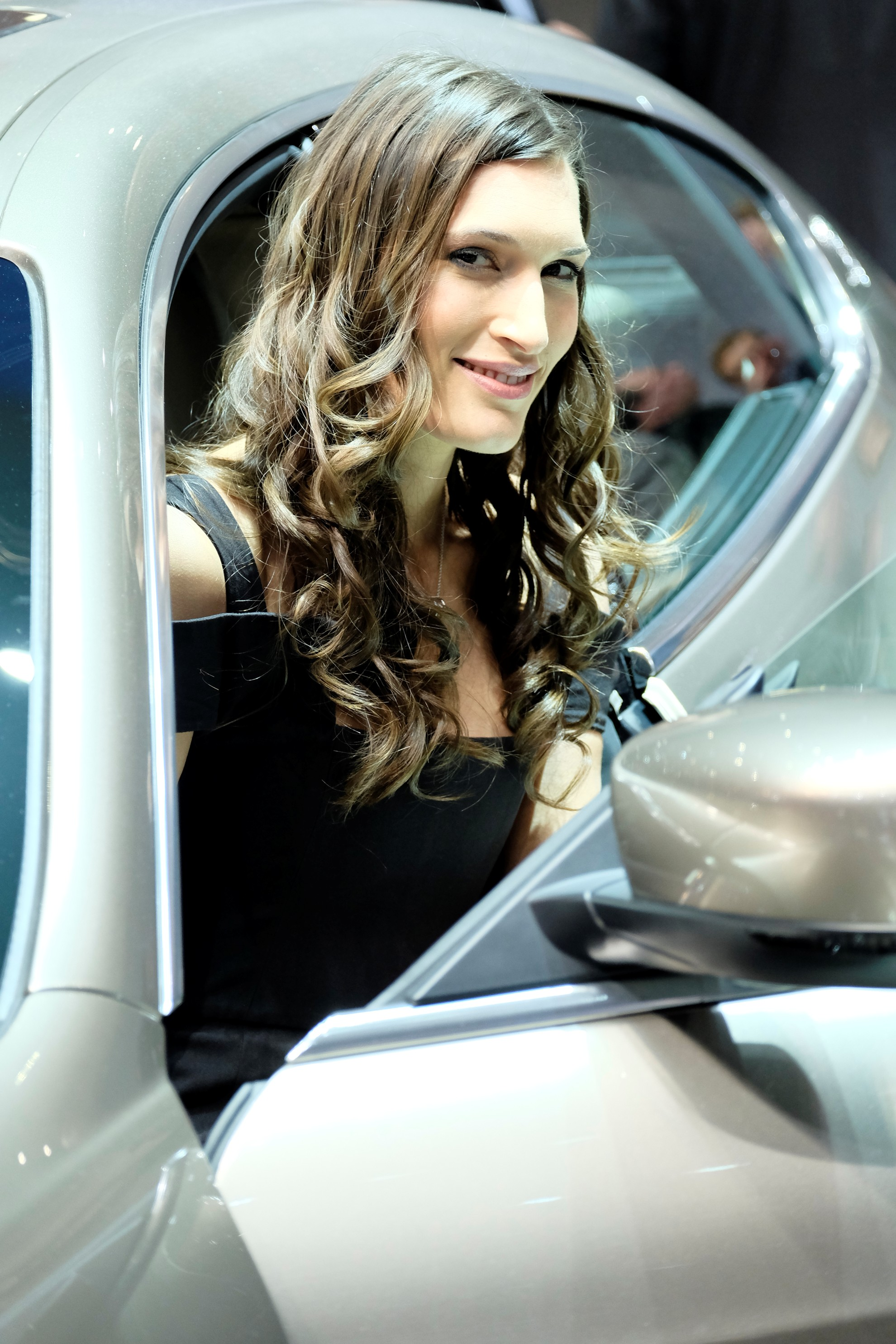 Geneva Motor Show Car Show Girls 2014 Technology Tips