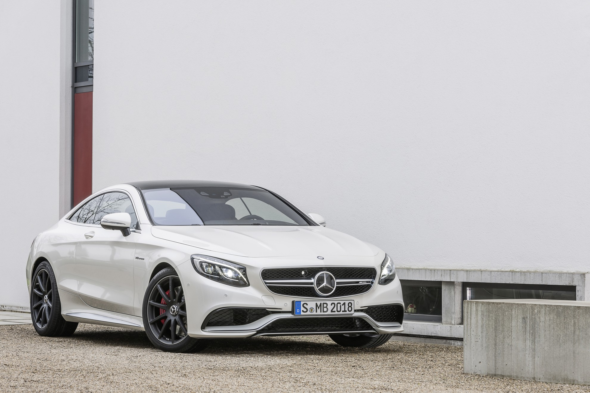 Mercedes-Benz_S_63_AMG_Coupe
