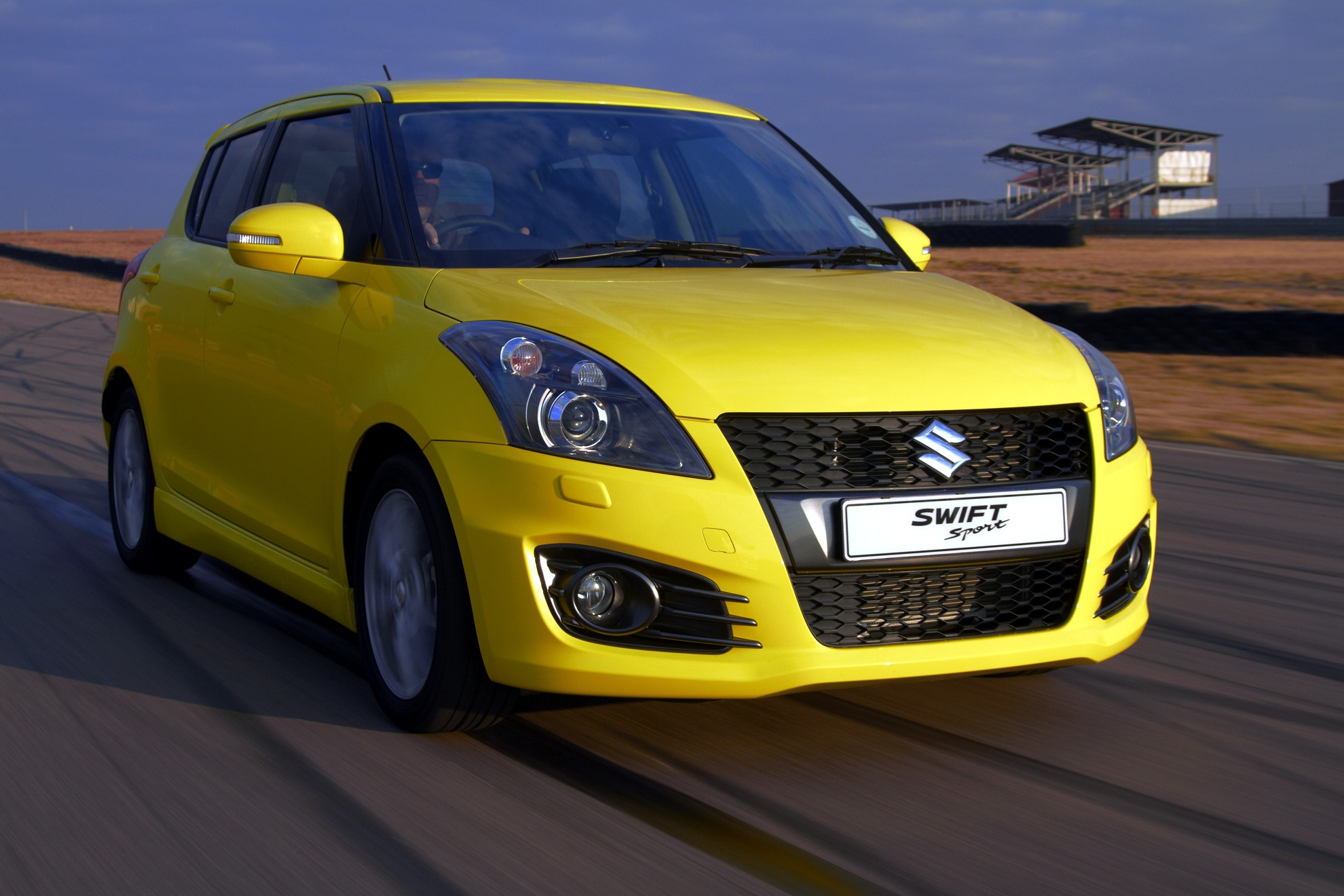 suzuki swift is a n rburgring hero. Black Bedroom Furniture Sets. Home Design Ideas