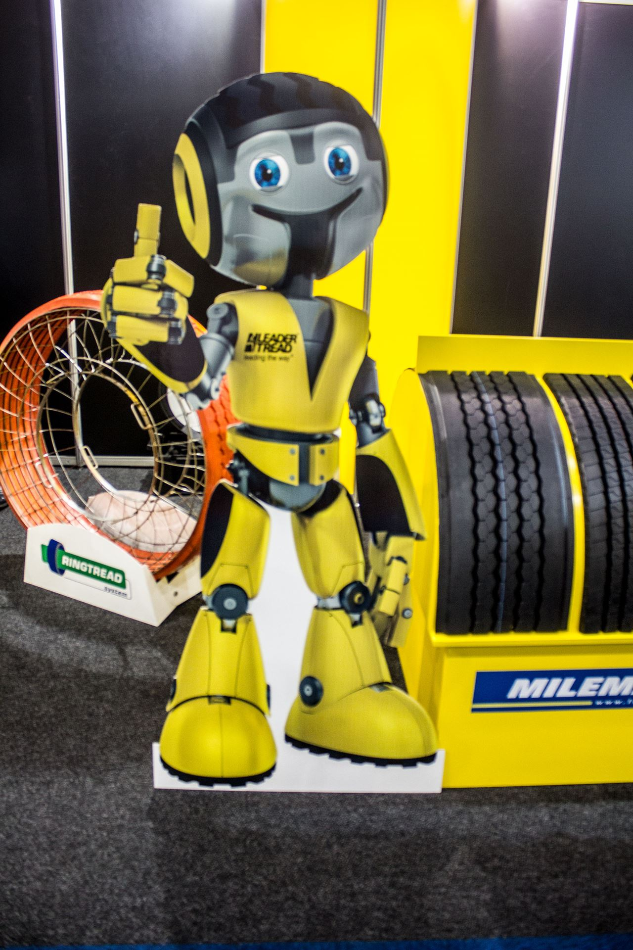 Tyre-Expo-South-Africa-2014-Leader-Tread-02