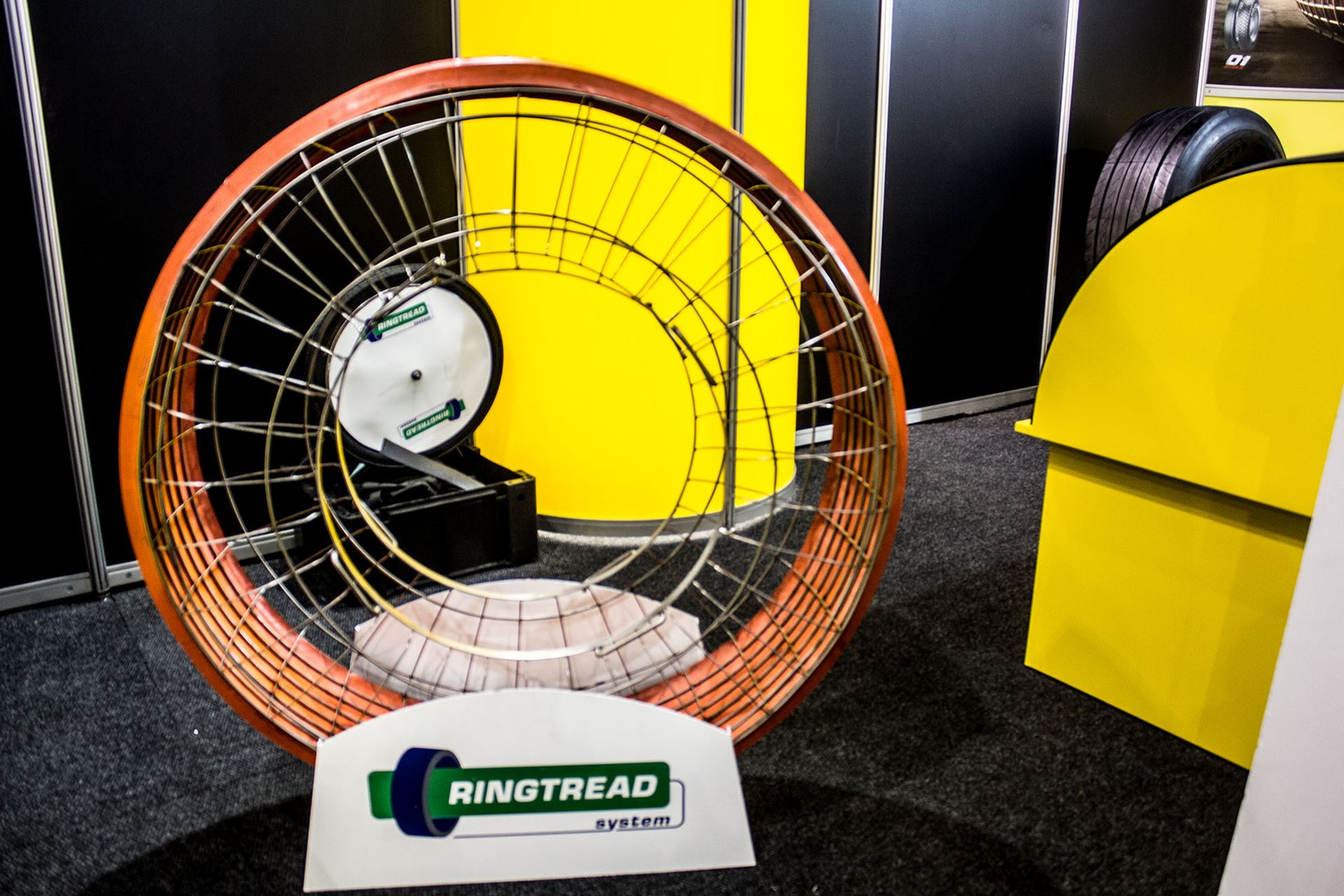 Tyre-Expo-South-Africa-2014-Leader-Tread-03