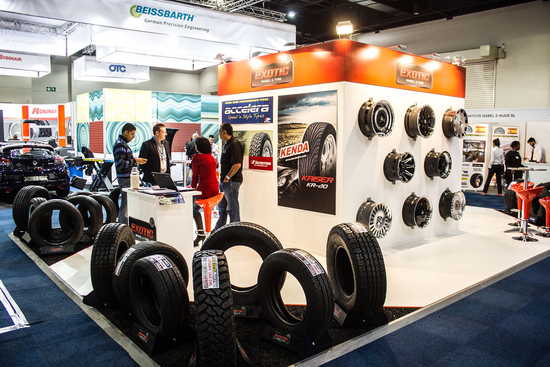 Tyre-Expo-South-Africa-2014-exotic-wheel-and-tyres-05