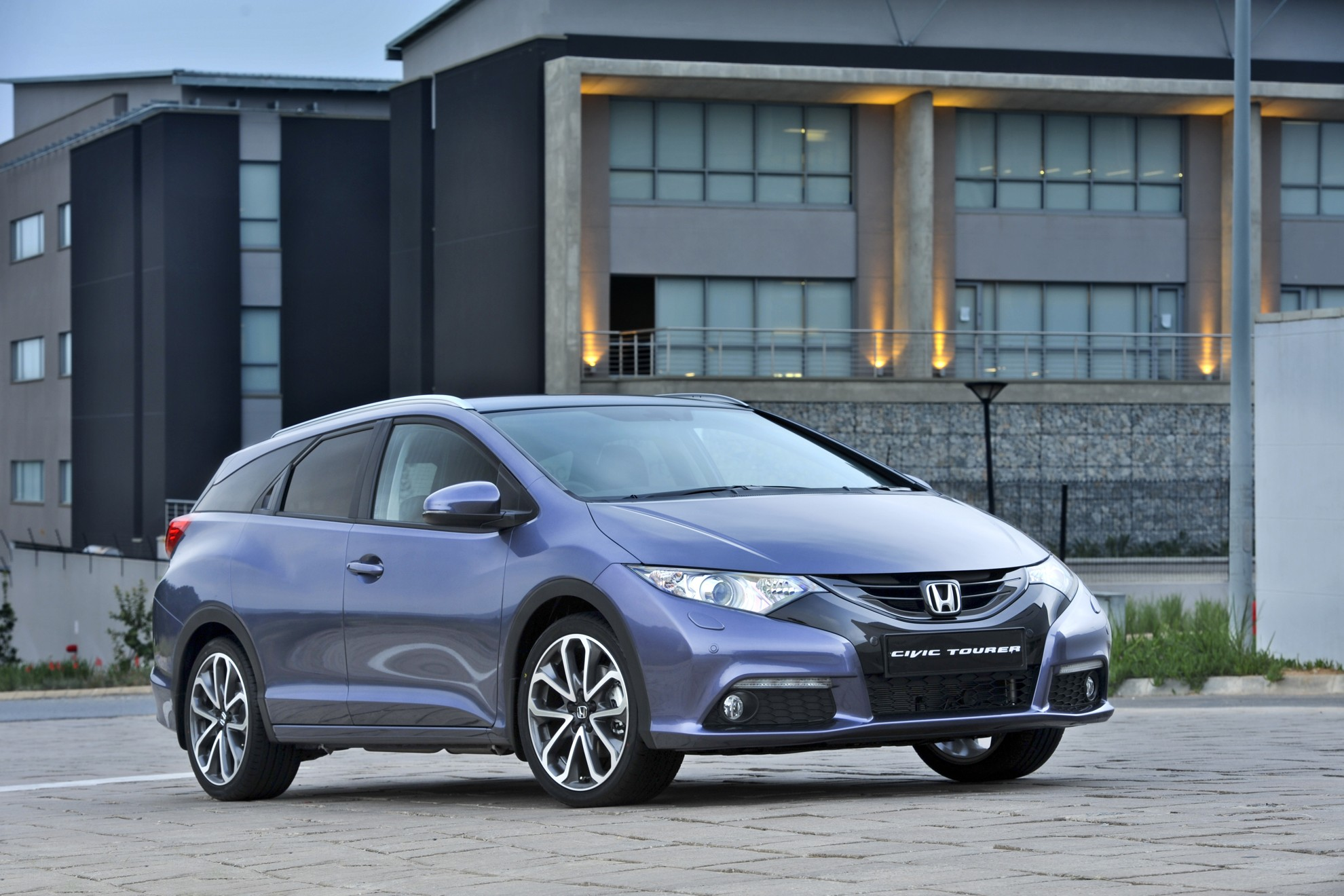 Honda Civic Tourer >> New Honda Civic Tourer 2014
