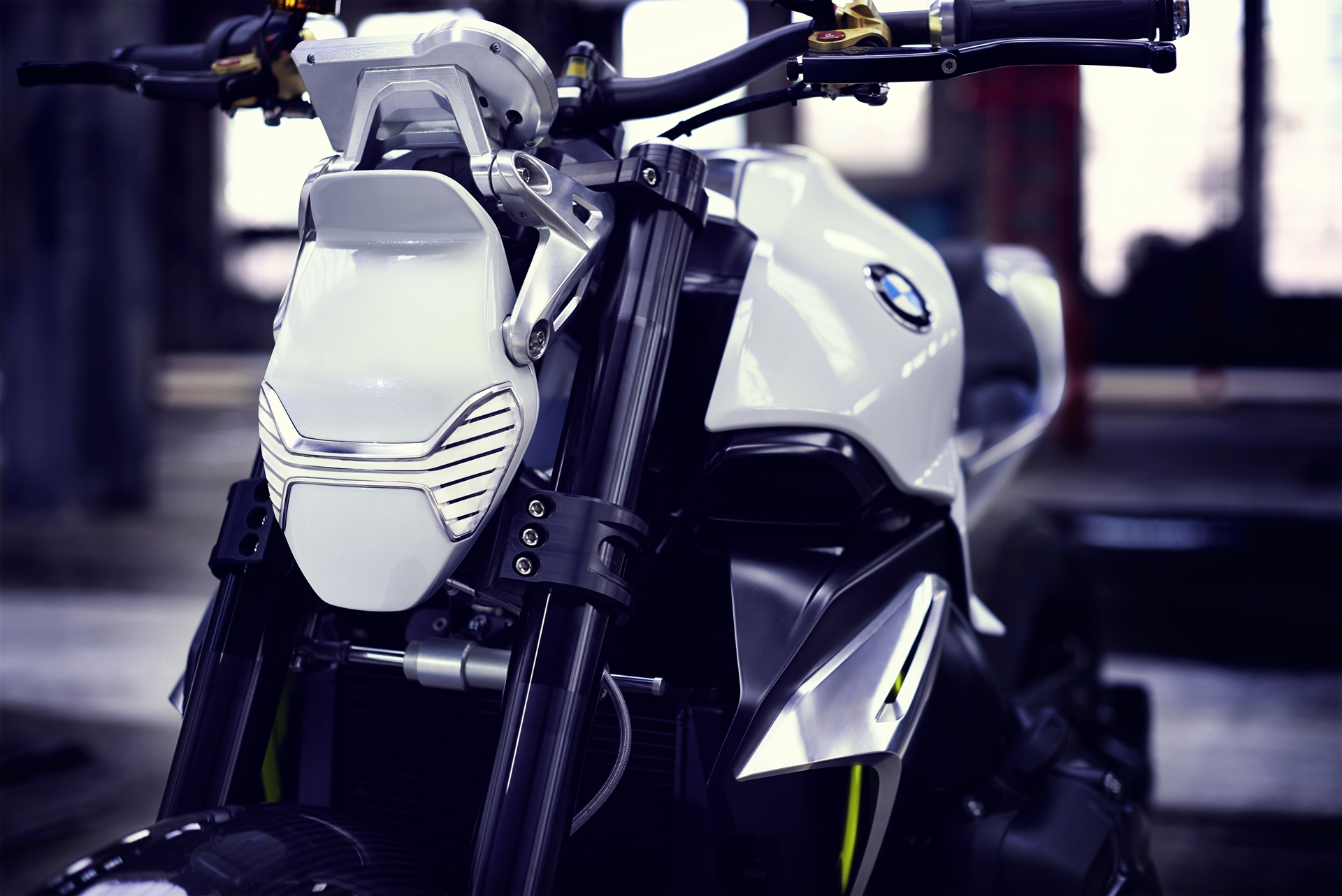 BMW-Motorcycle-Roadster-06