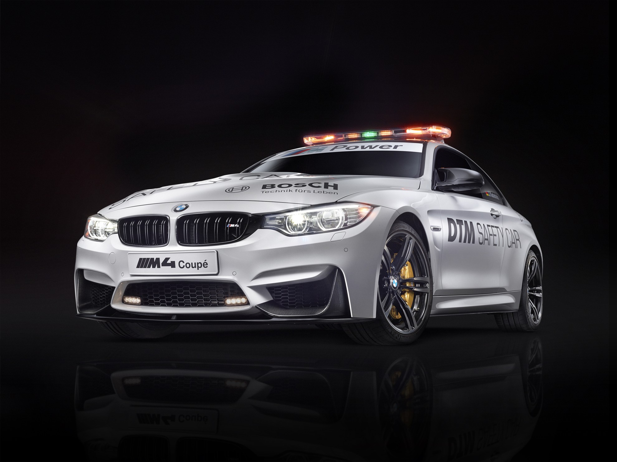 bmw m4 coup dtm safety car. Black Bedroom Furniture Sets. Home Design Ideas