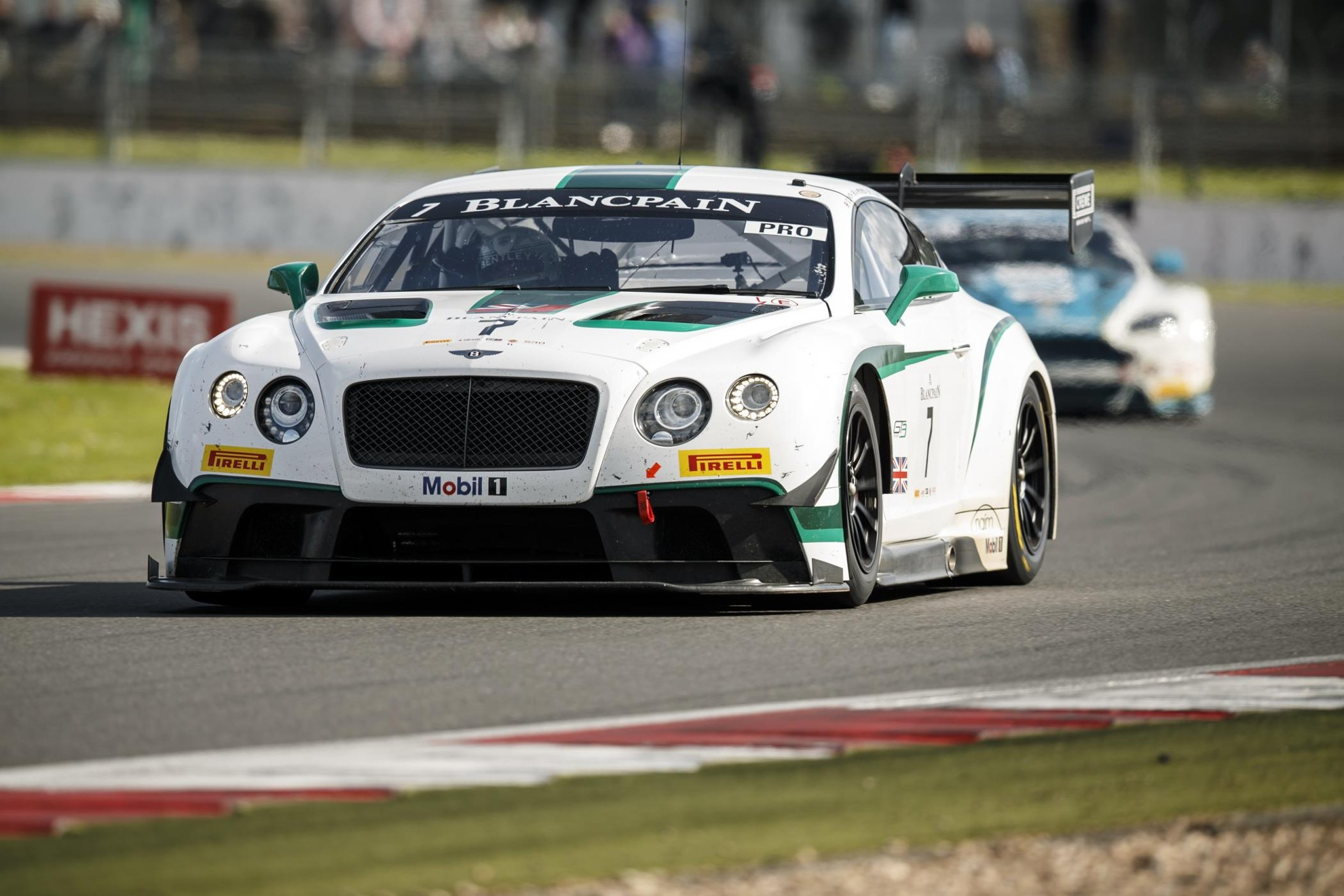 Bentley_Continental_GT3