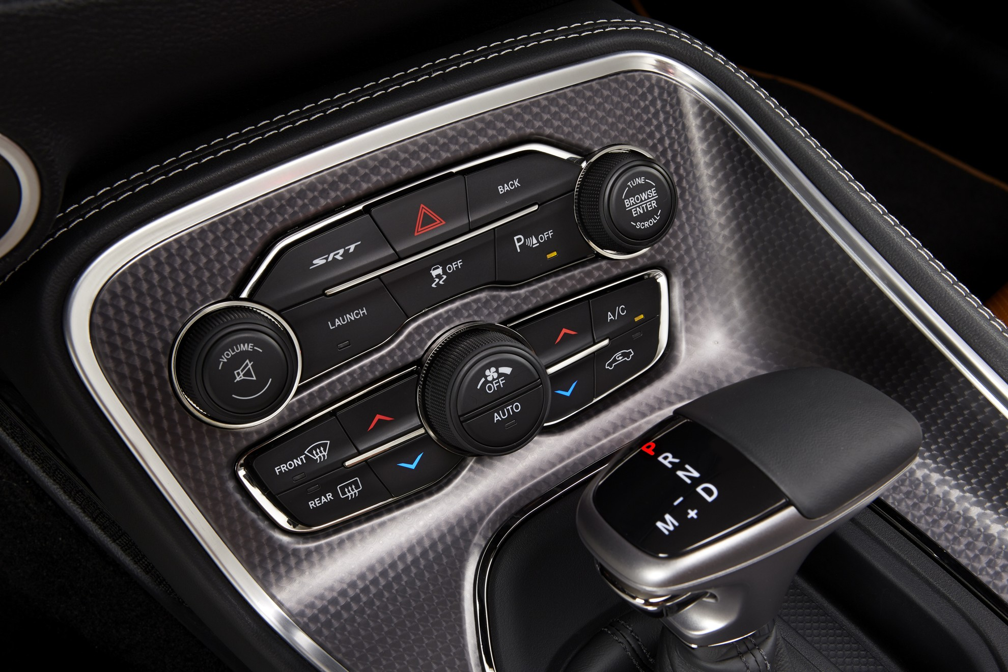 Dodge-Challenger-Controls