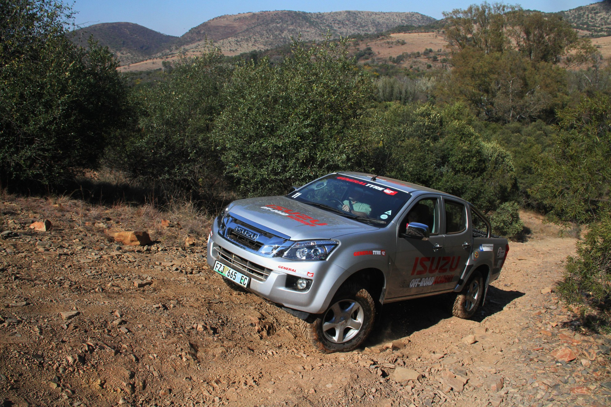 Isuzu-Off-Road-Training