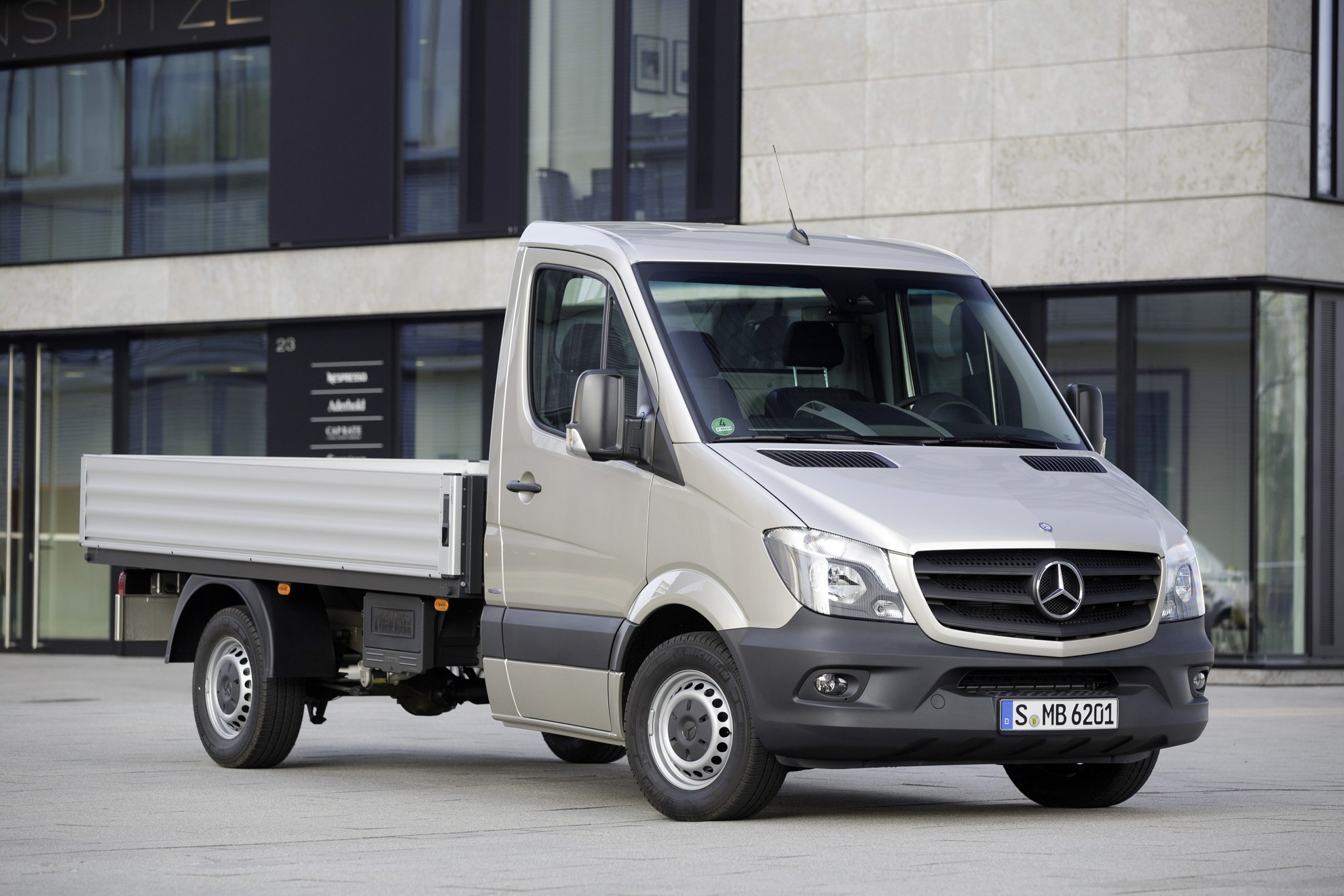 Mercedes benz sprinter ifat 2014 for 2014 mercedes benz truck