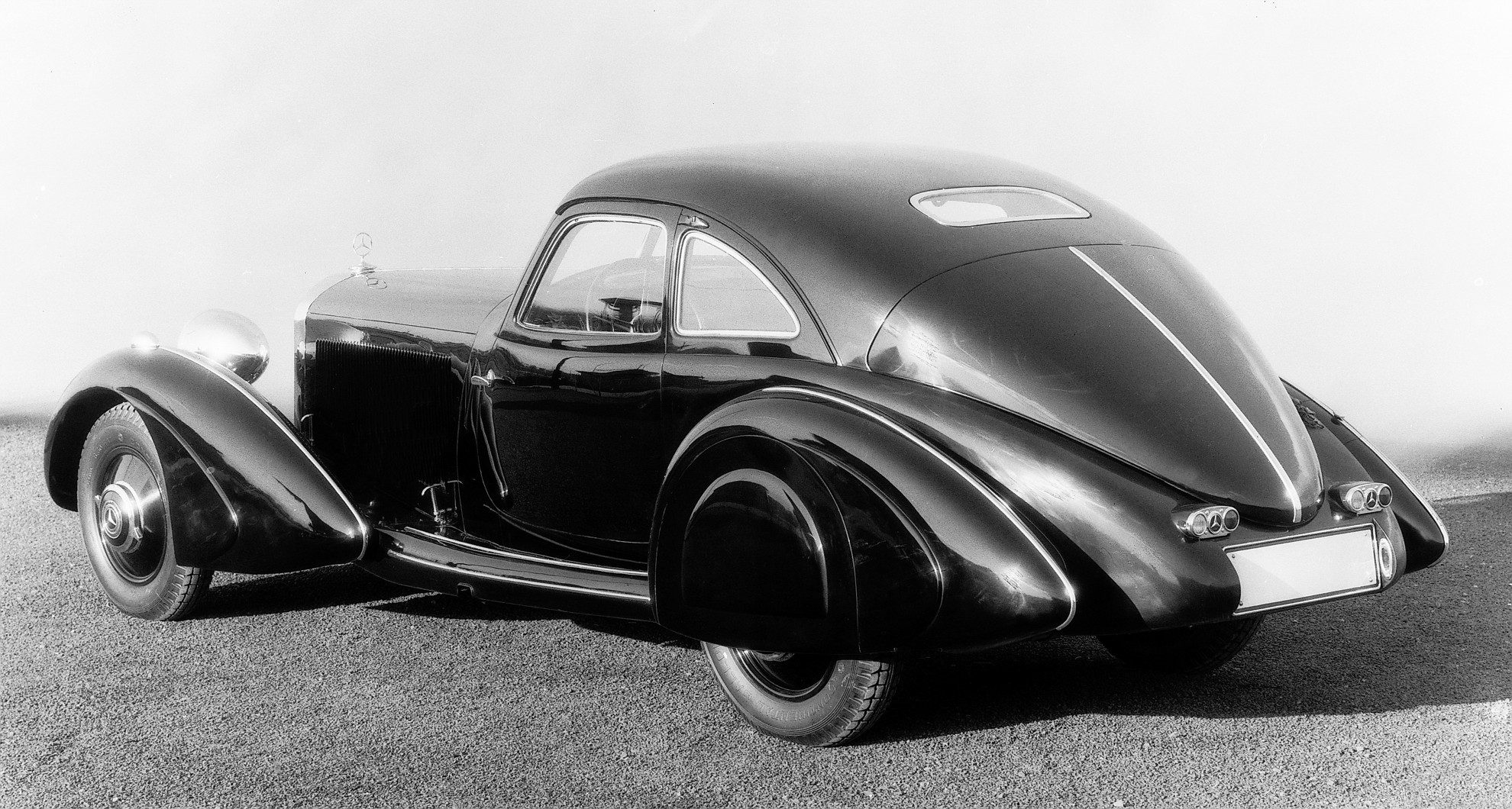 Highlights of the the mercedes benz 540 k streamliner for Mercedes benz model history
