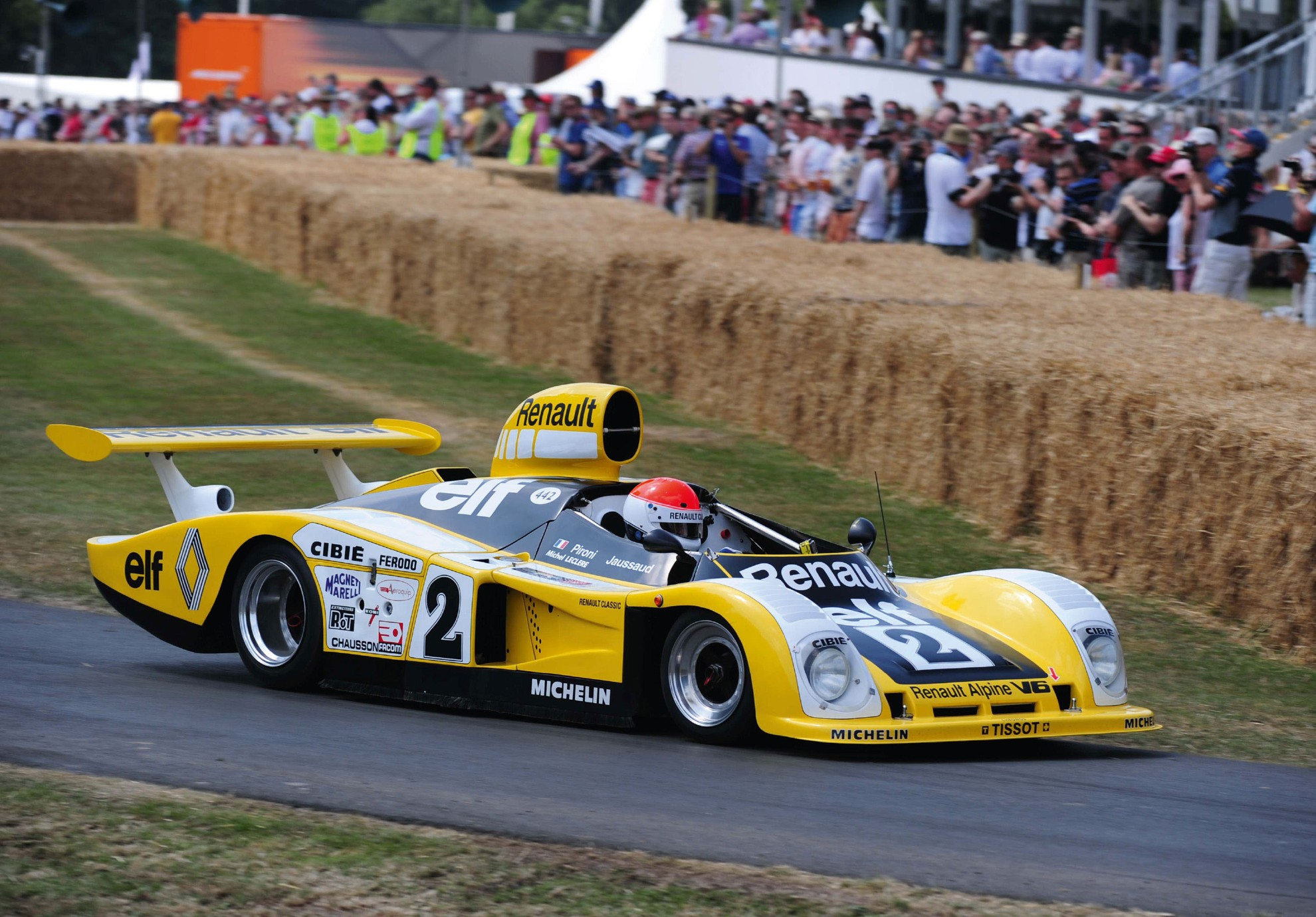 2014 goodwood festival of speed renault for Garage automobile le mans