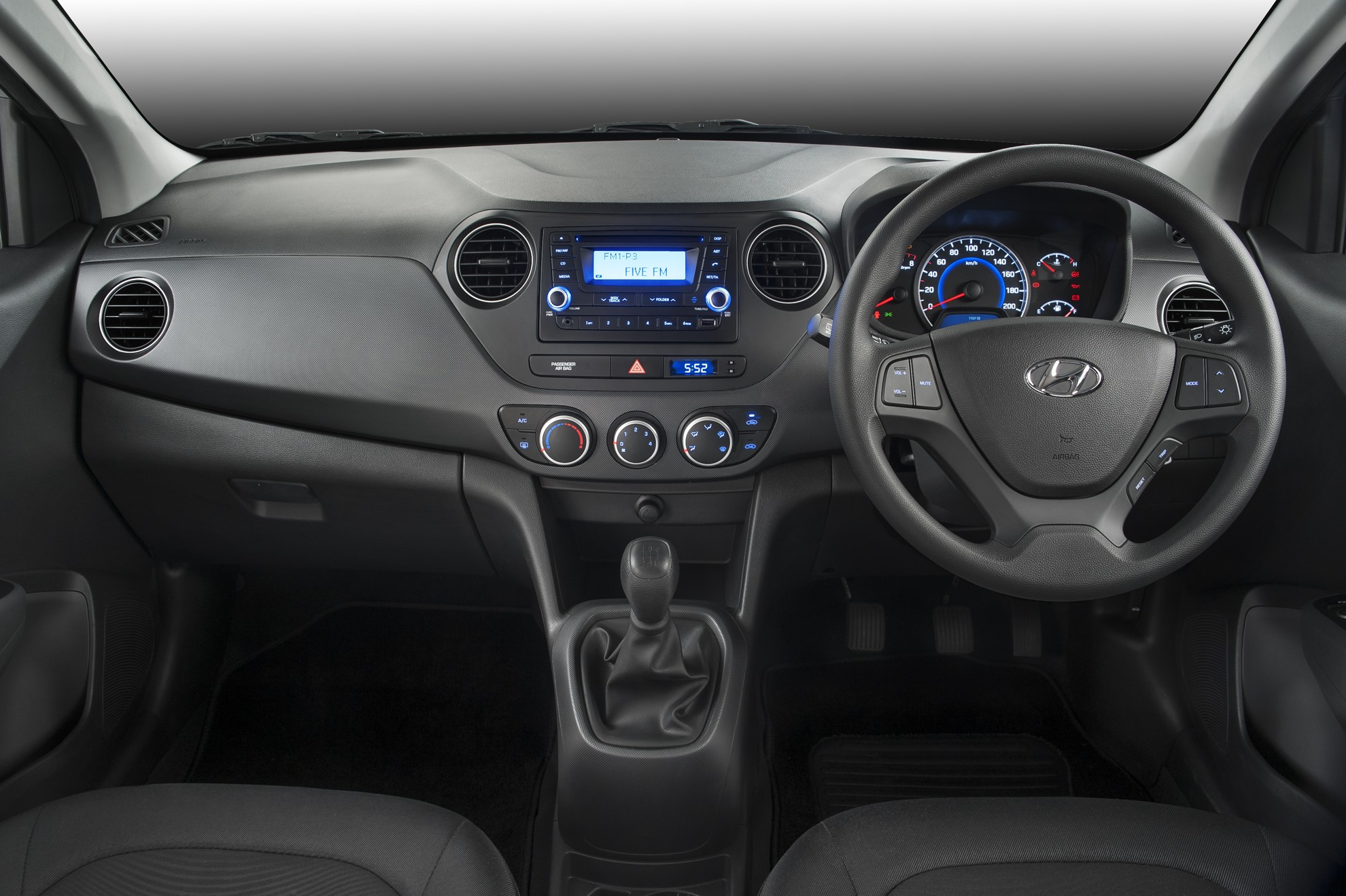 Hyundai-Grand-i10-Interior