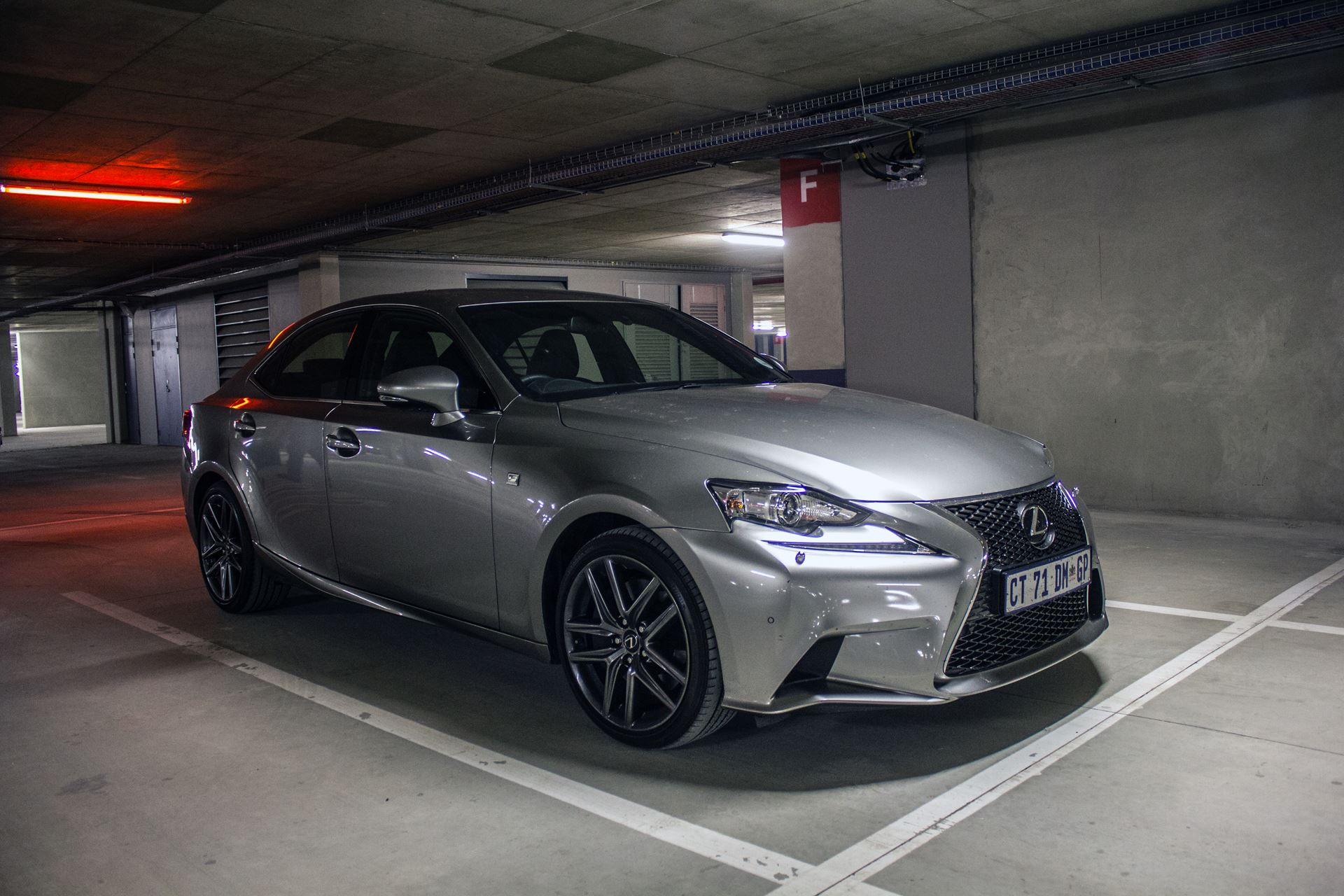 Lexus-IS-350-F-Sport-07