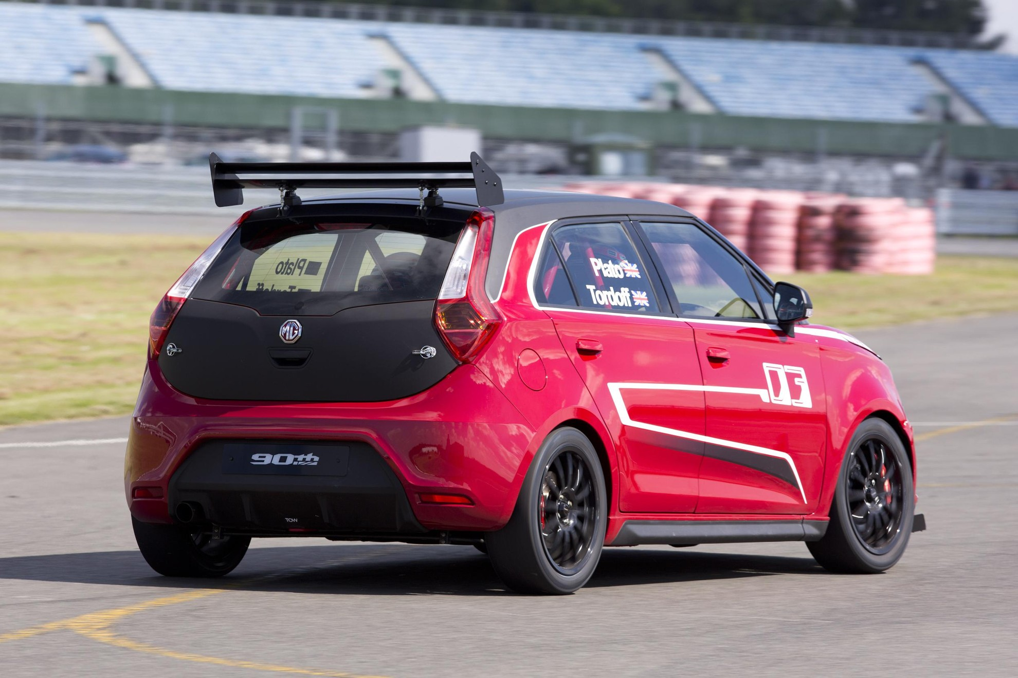 MG DEBUTS MG3 TROPHY CHAMPIONSHIP CONCEPT AT MG90 EVENT