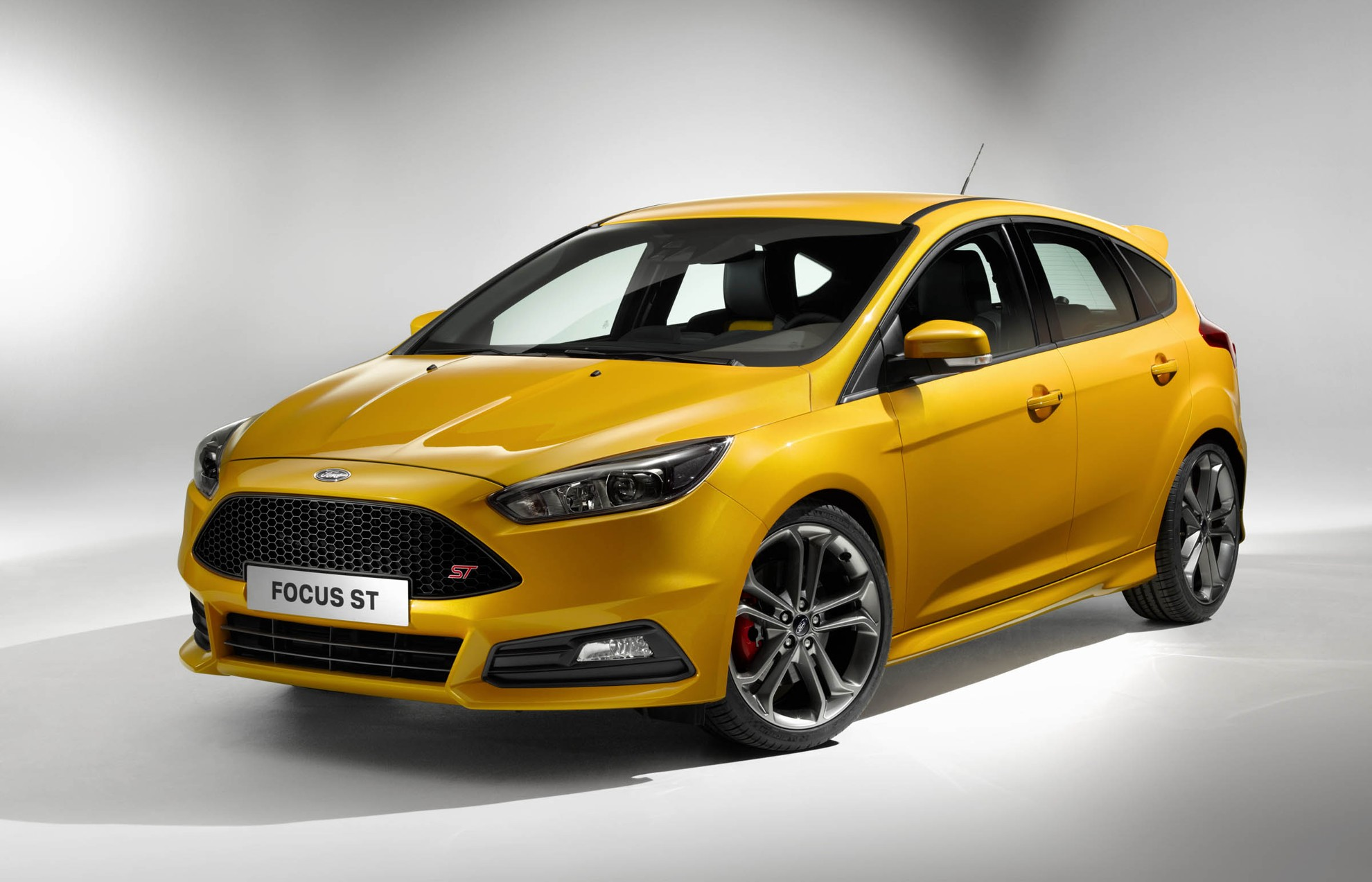 new ford focus st 2014. Black Bedroom Furniture Sets. Home Design Ideas
