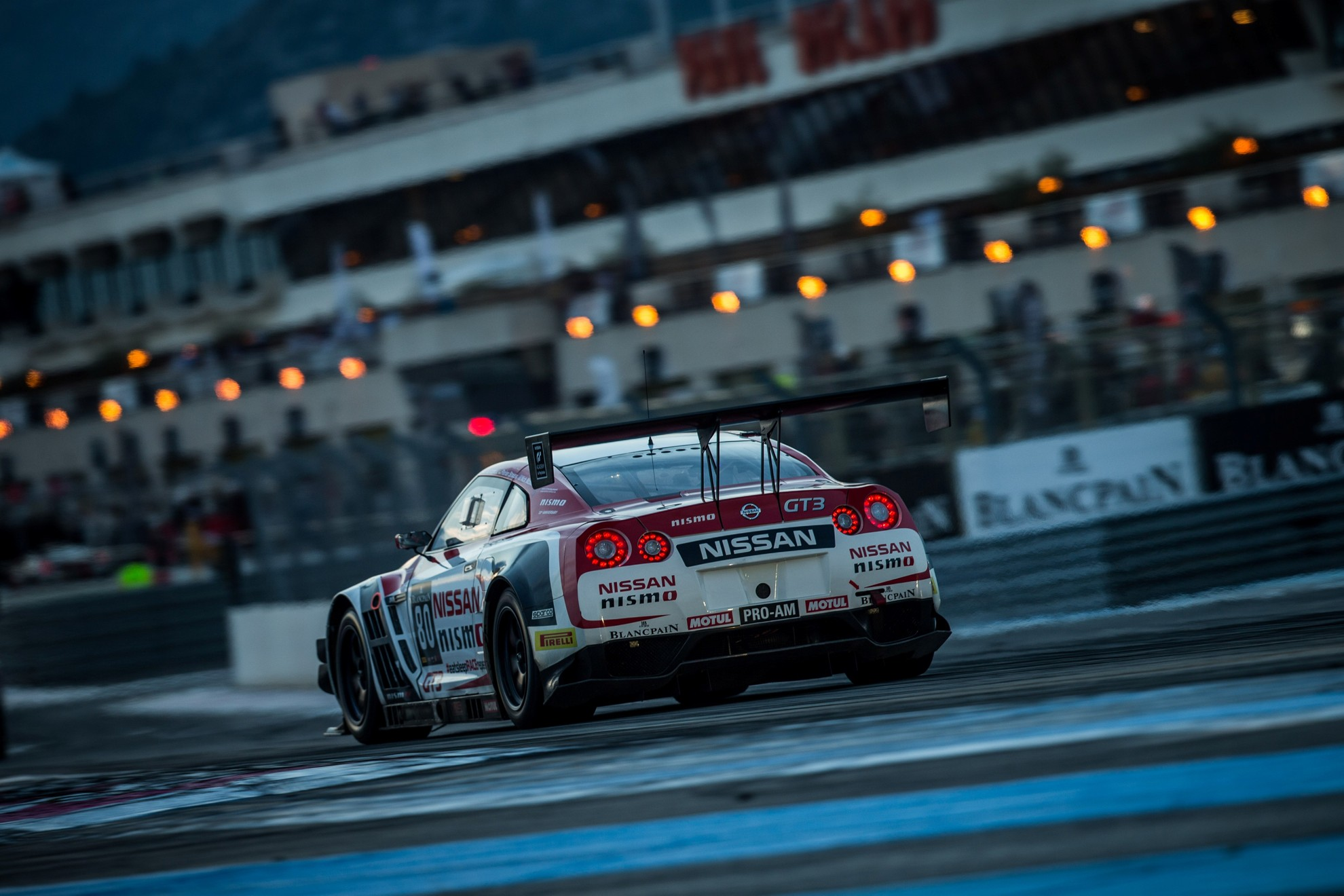 Nissan-Nismo-Race-car