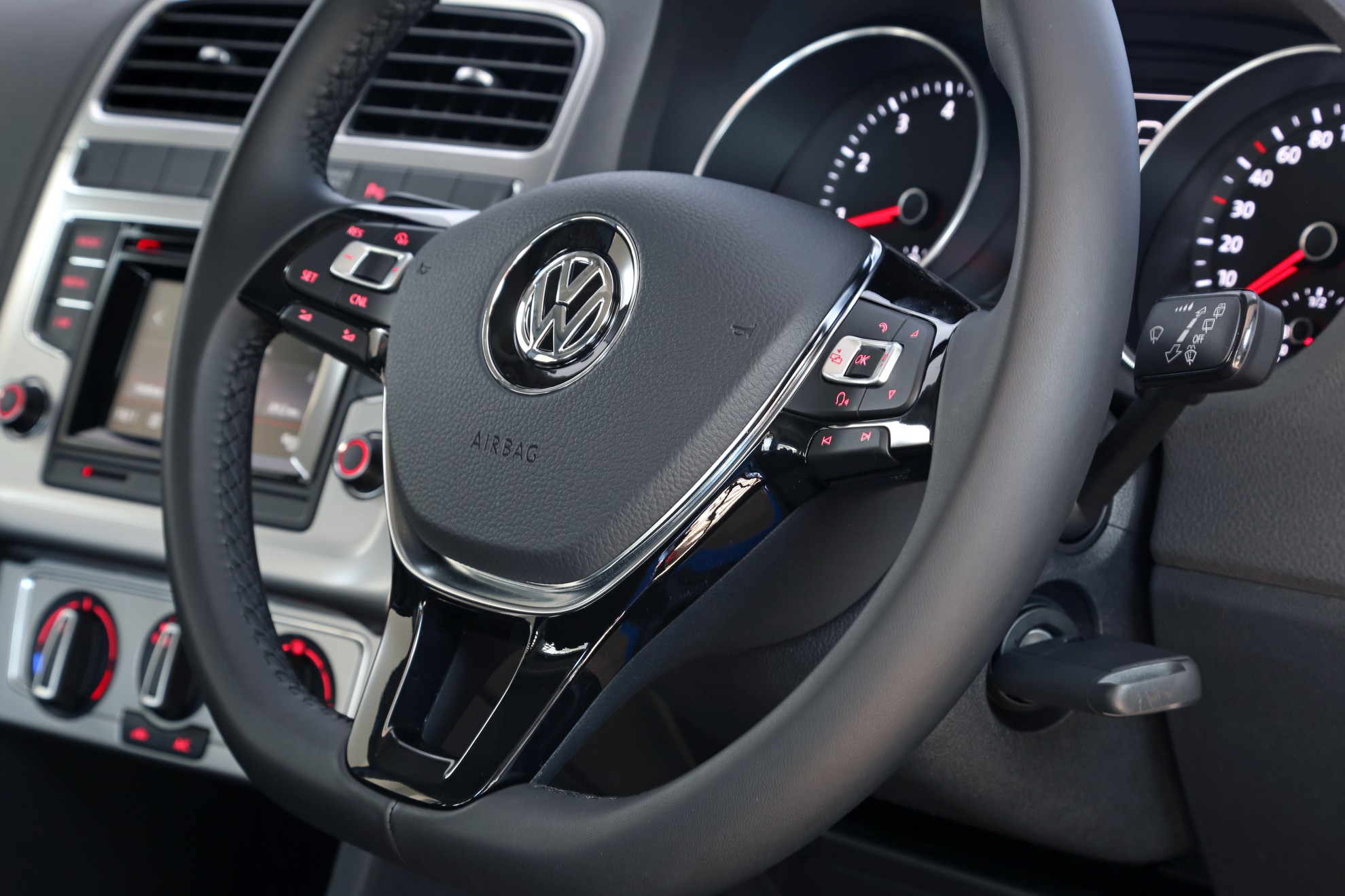 Volkswagen_Polo-Interior