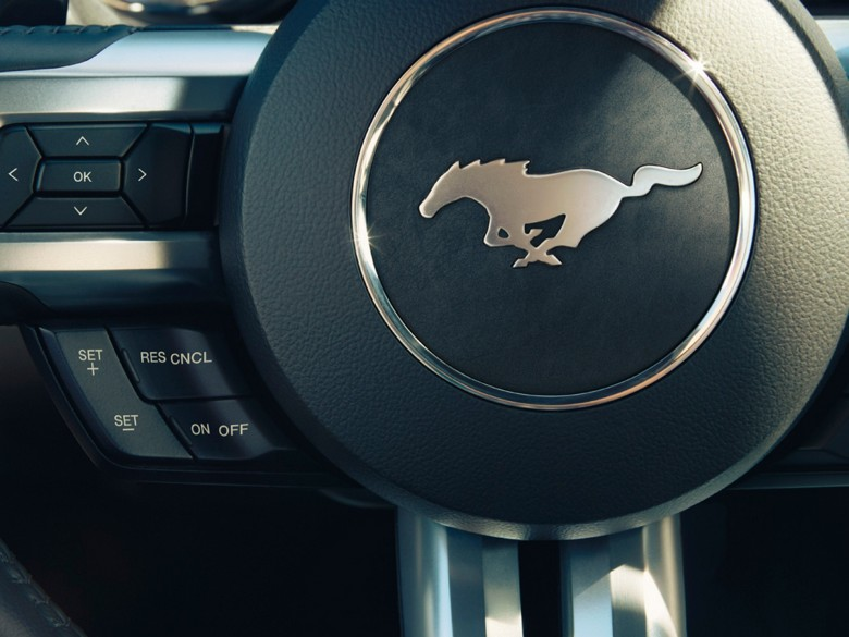 Ford-Mustang-Logo