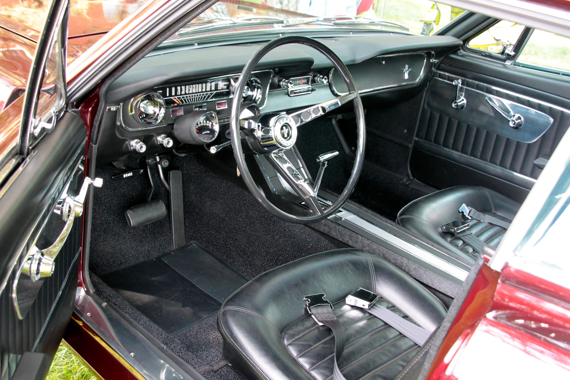 Ford_Mustang_1964-Interior