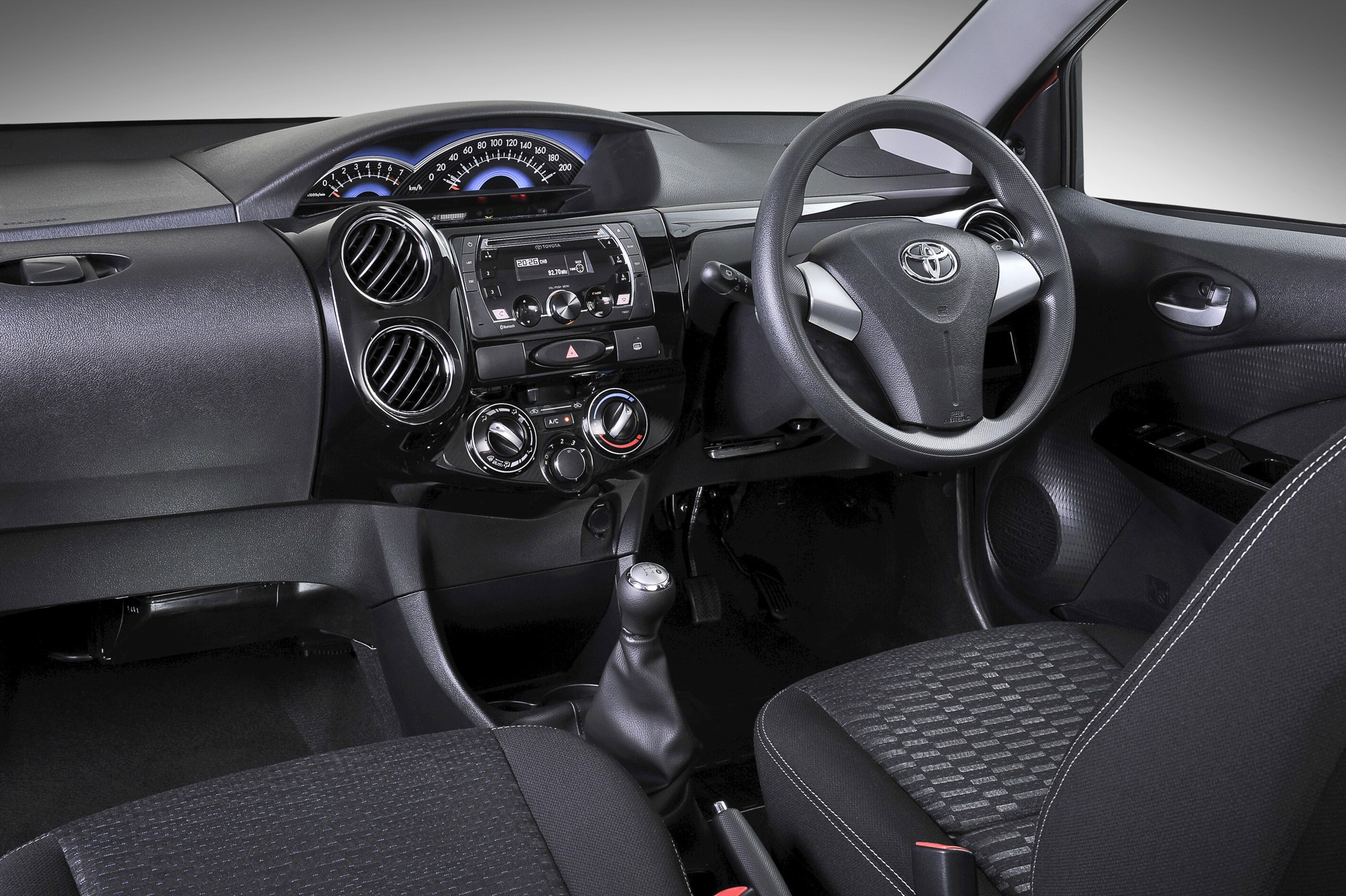 New-Toyota-Etios-Crossover-Interior