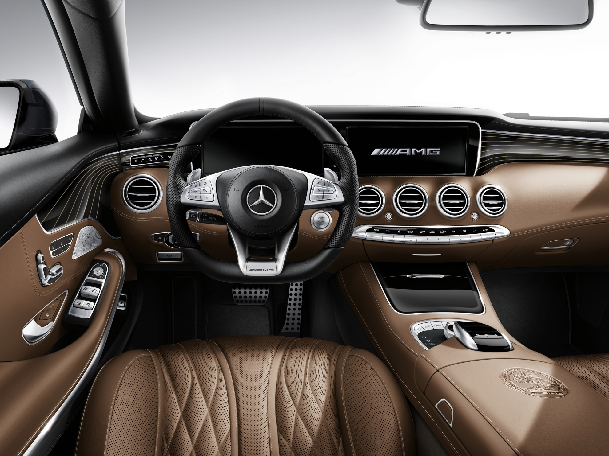 S_65_AMG_Coupe_Interior