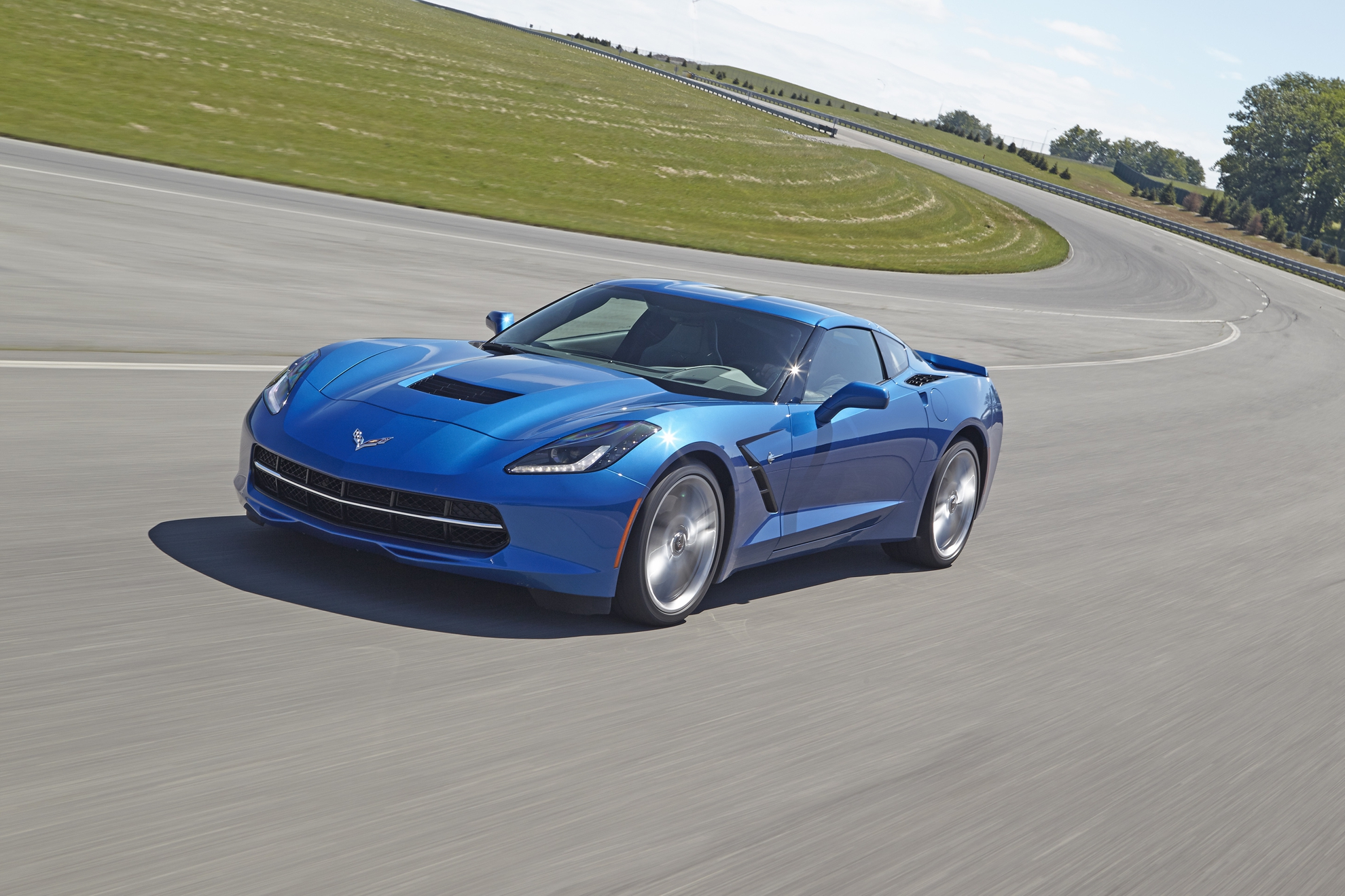 2015 corvette stingray 8 speed automatic makes corvette faster. Cars Review. Best American Auto & Cars Review