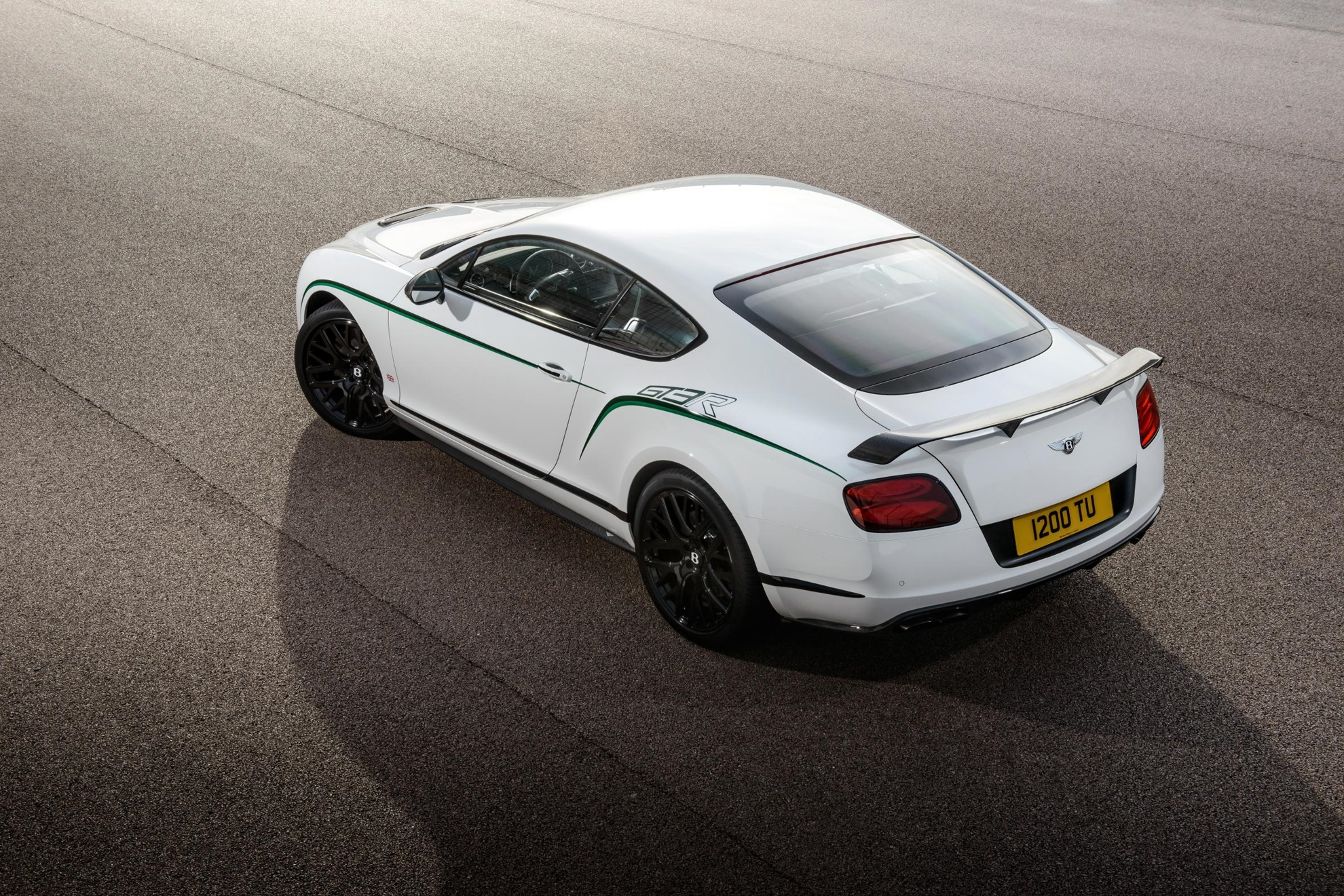 Bentley_Continental_GT3-R_Pebble_Beach