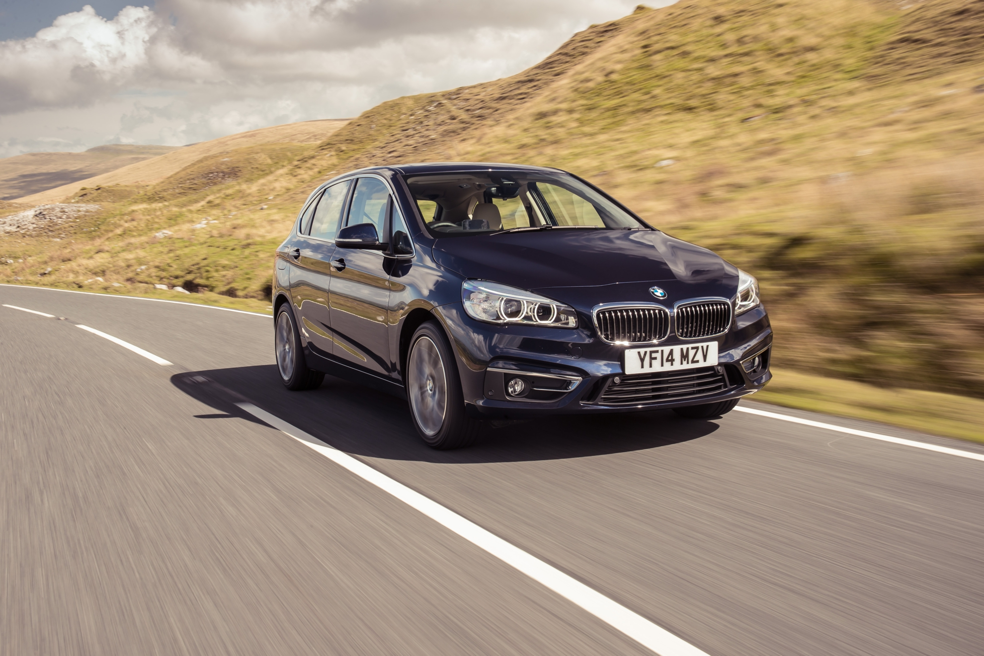 bmw 2 series active tourer. Black Bedroom Furniture Sets. Home Design Ideas