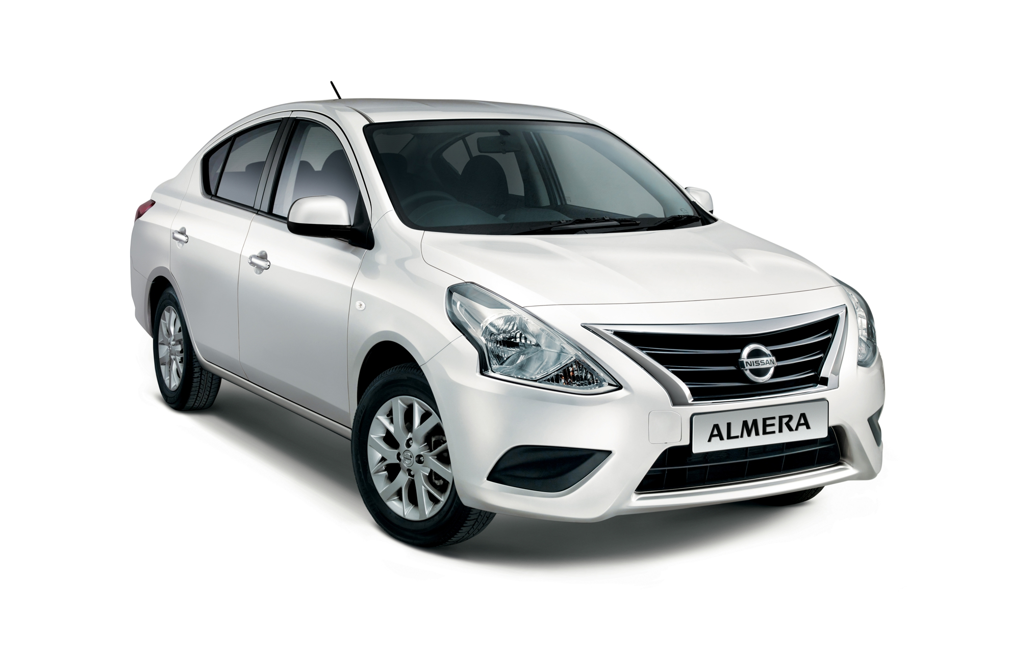 nissan almera ahead of the pack with new features. Black Bedroom Furniture Sets. Home Design Ideas