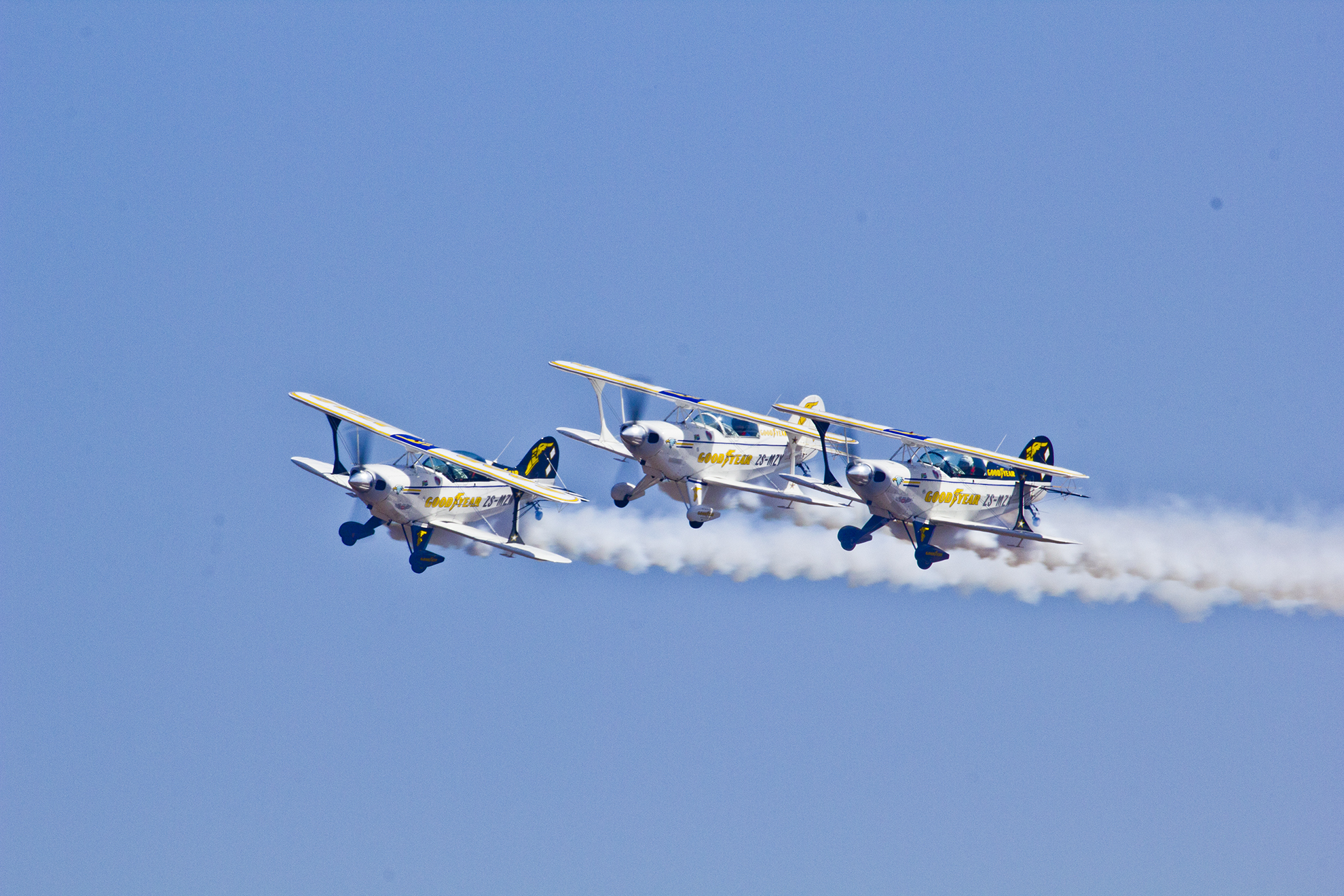 Pretoria south africa waterkloof air show aad 2014 for Airplane show