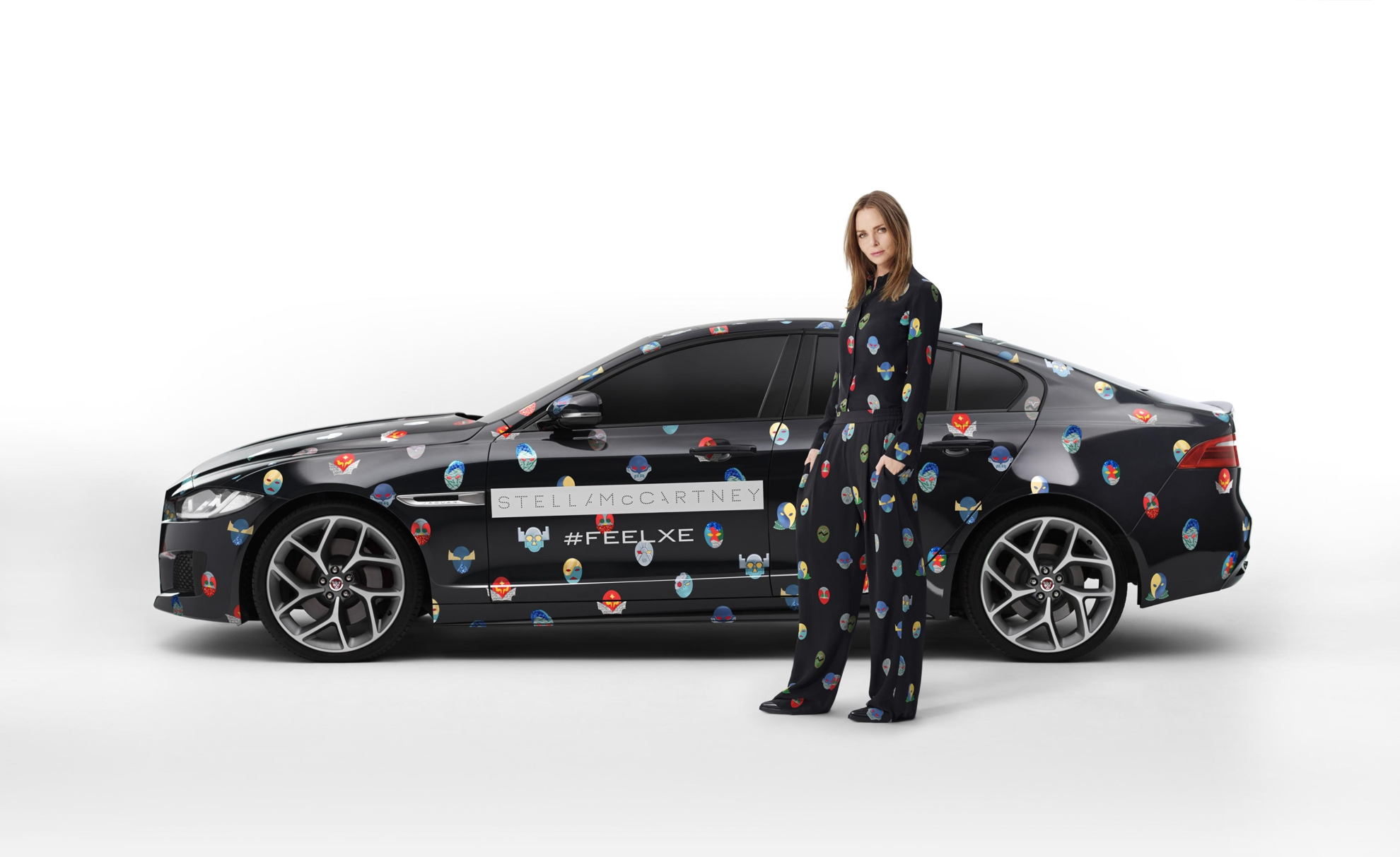 jaguar superhero revealed for paris motor show. Black Bedroom Furniture Sets. Home Design Ideas