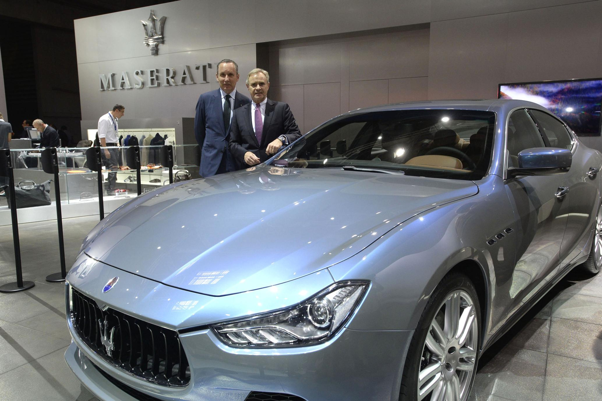 https://3d-car-shows.com/wp-content/uploads/2014/10/Maserati-Ghibli.jpg