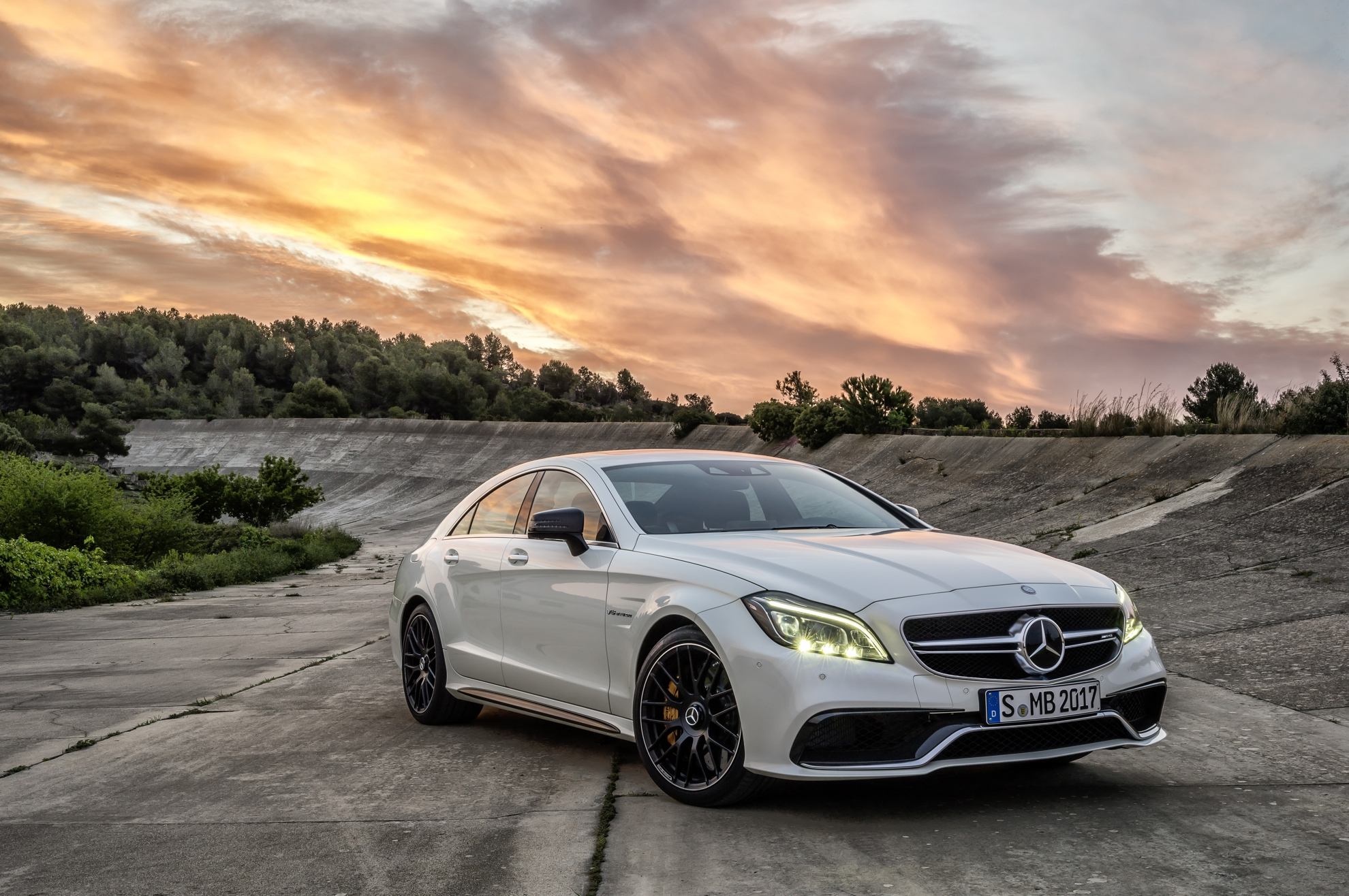 Mercedes-Benz-CLS-63-AMG-Coupe