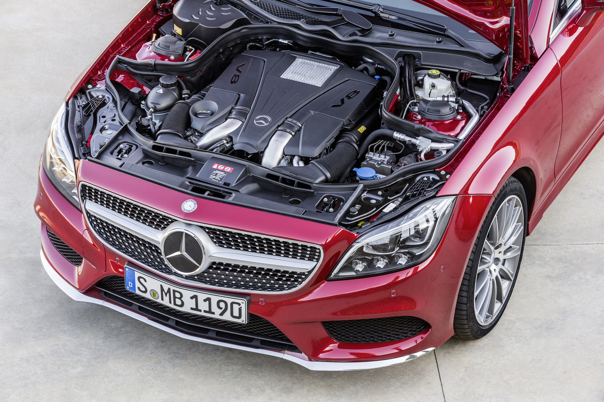 Mercedes-Benz-CLS-Engine