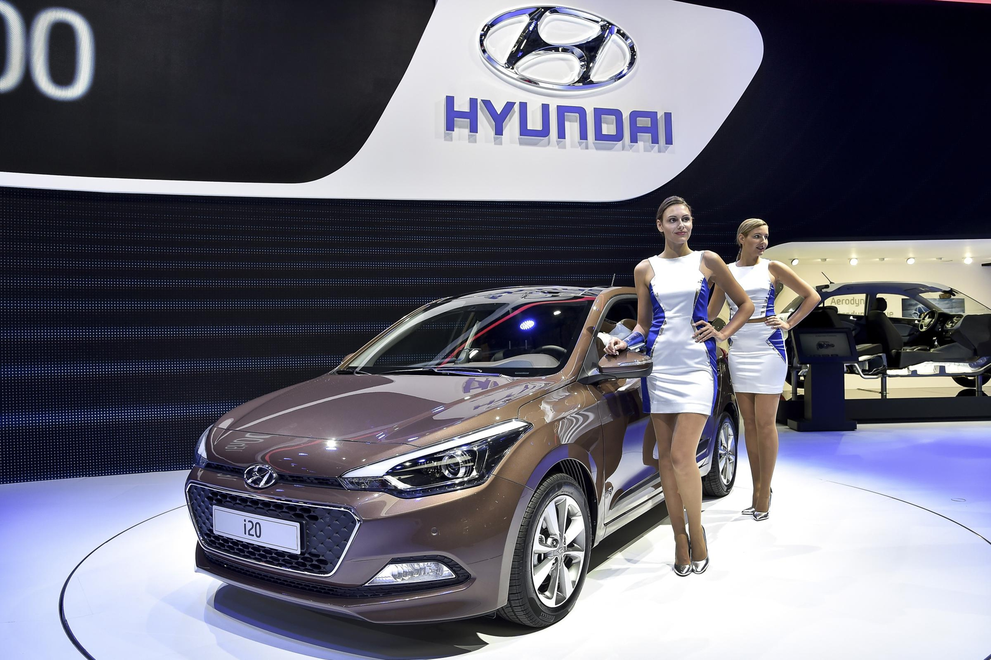 HYUNDAI MOTOR AT PARIS MOTOR SHOW - Hyundai car show