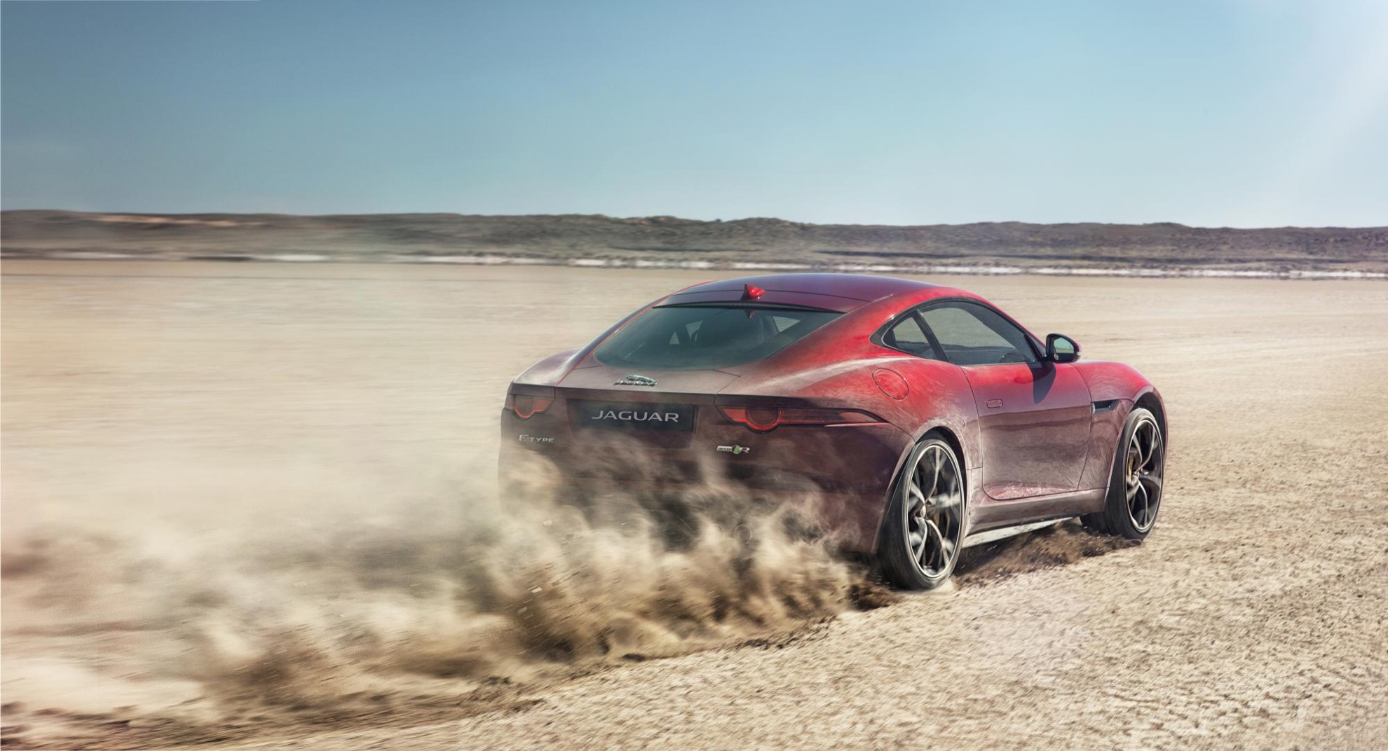 Jaguar-FTYPE-AWD_CAR_DYNAMIC-3