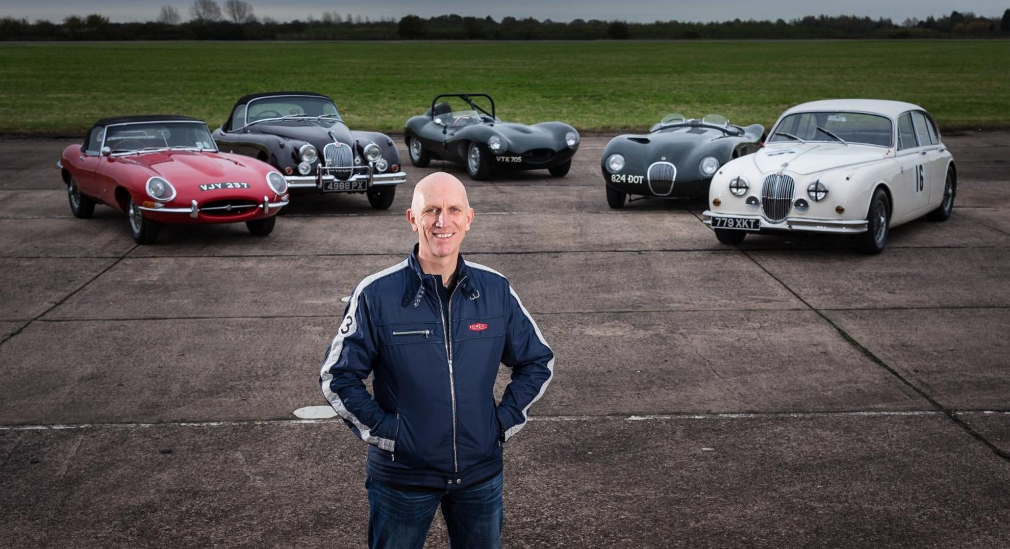 Jaguar-Land-Rover-Classic-Car-Racing